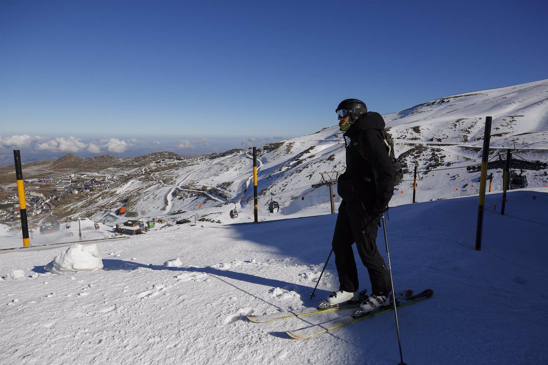 Sierra Nevada cierra la Navidad con 83.360 esquiadores y una ocupación hotelera media del 60%