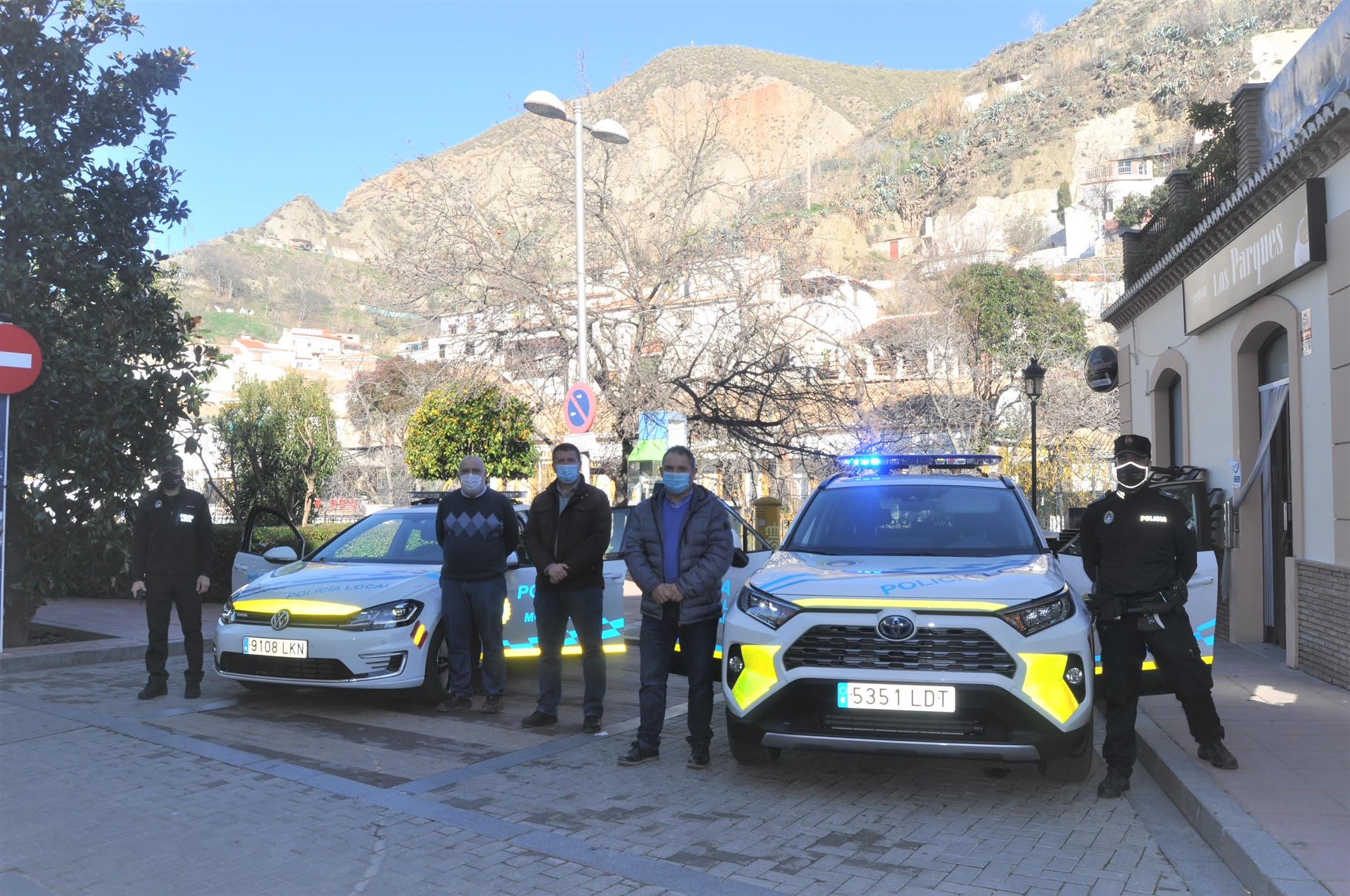 El Ayuntamiento de Monachil incorpora un vehículo 100% eléctrico al parque de la Policía Local