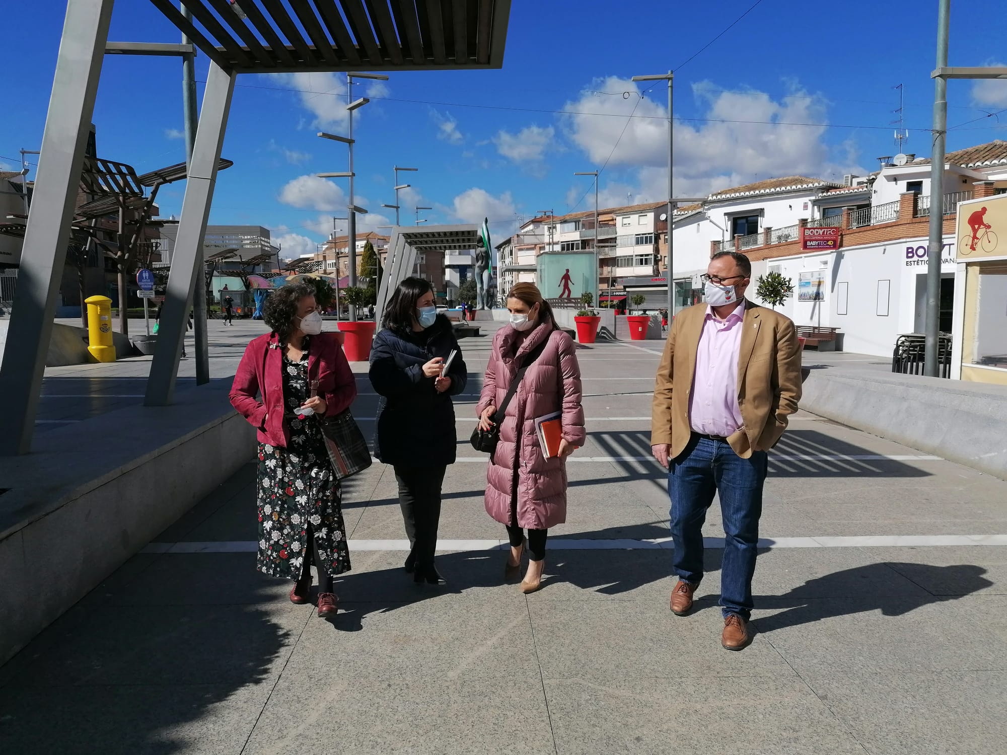 Insúa señala que Ciudadanos trabaja en la Junta para paliar la crisis que golpea al sector comercial de Armilla