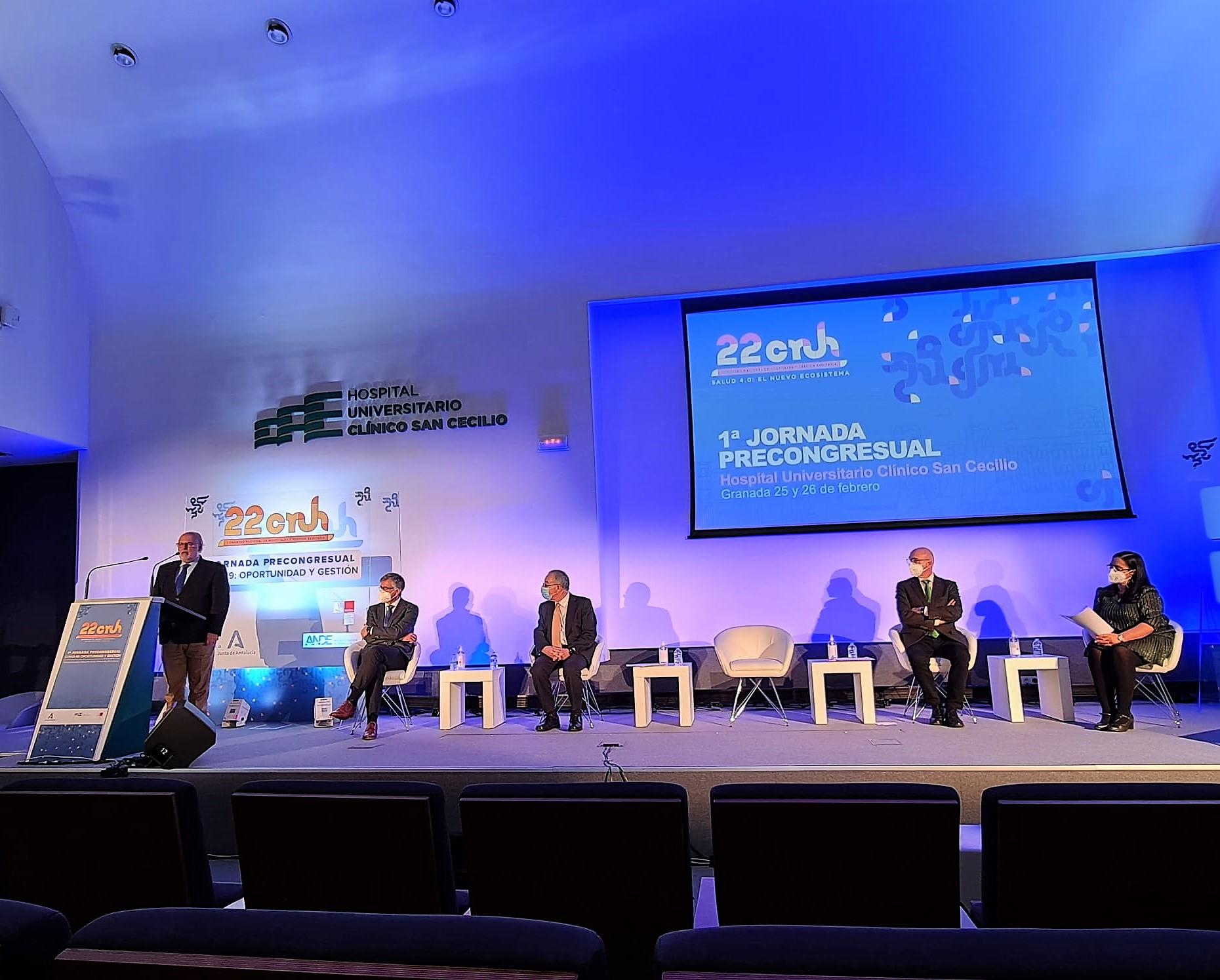 Profesionales sanitarios analizan en Granada la gestión de la pandemia en un encuentro virtual de ámbito nacional