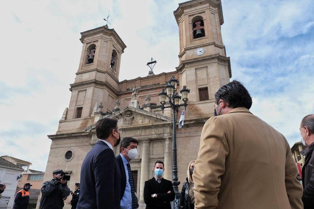 """Luis Salvador reitera """"la máxima cercanía y colaboración"""" con los municipios afectados por los terremotos"""