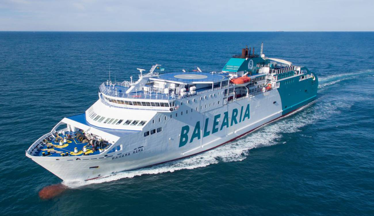 Balearia gana el concurso para unir Motril con Melilla
