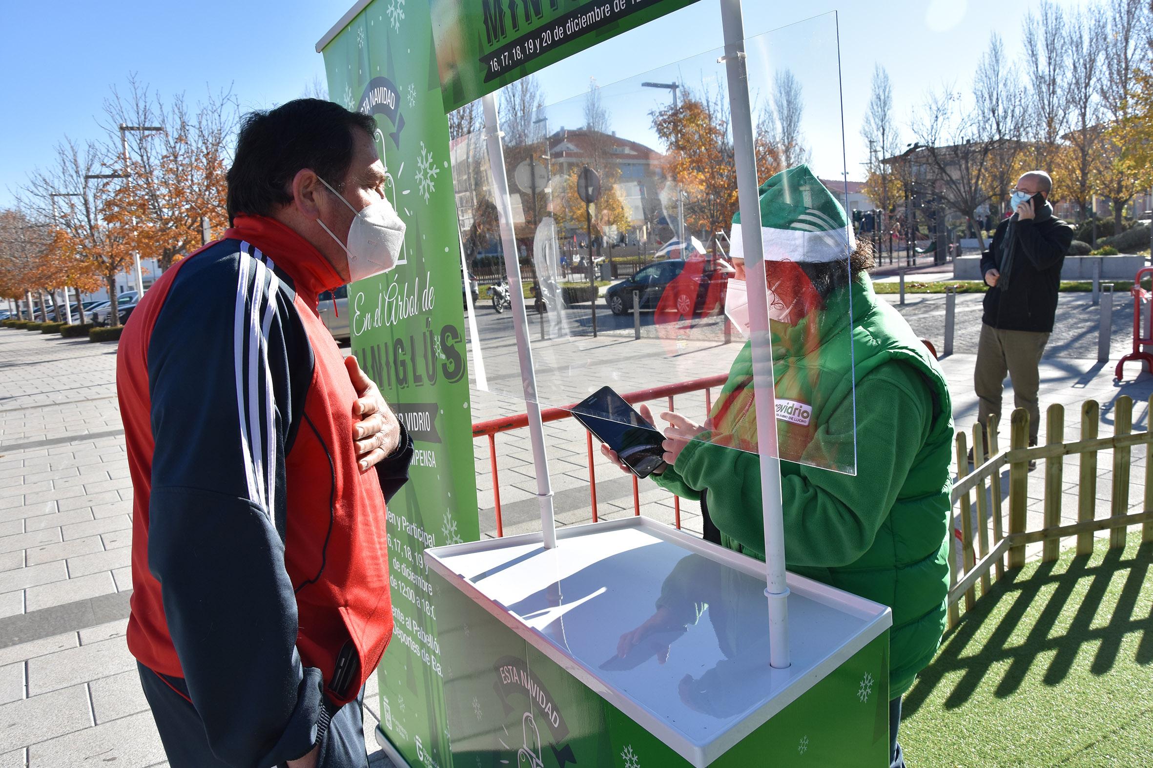 La campaña navideña de reciclaje de vidrio sitúa a Baza entre las ciudades con mayor participación de España