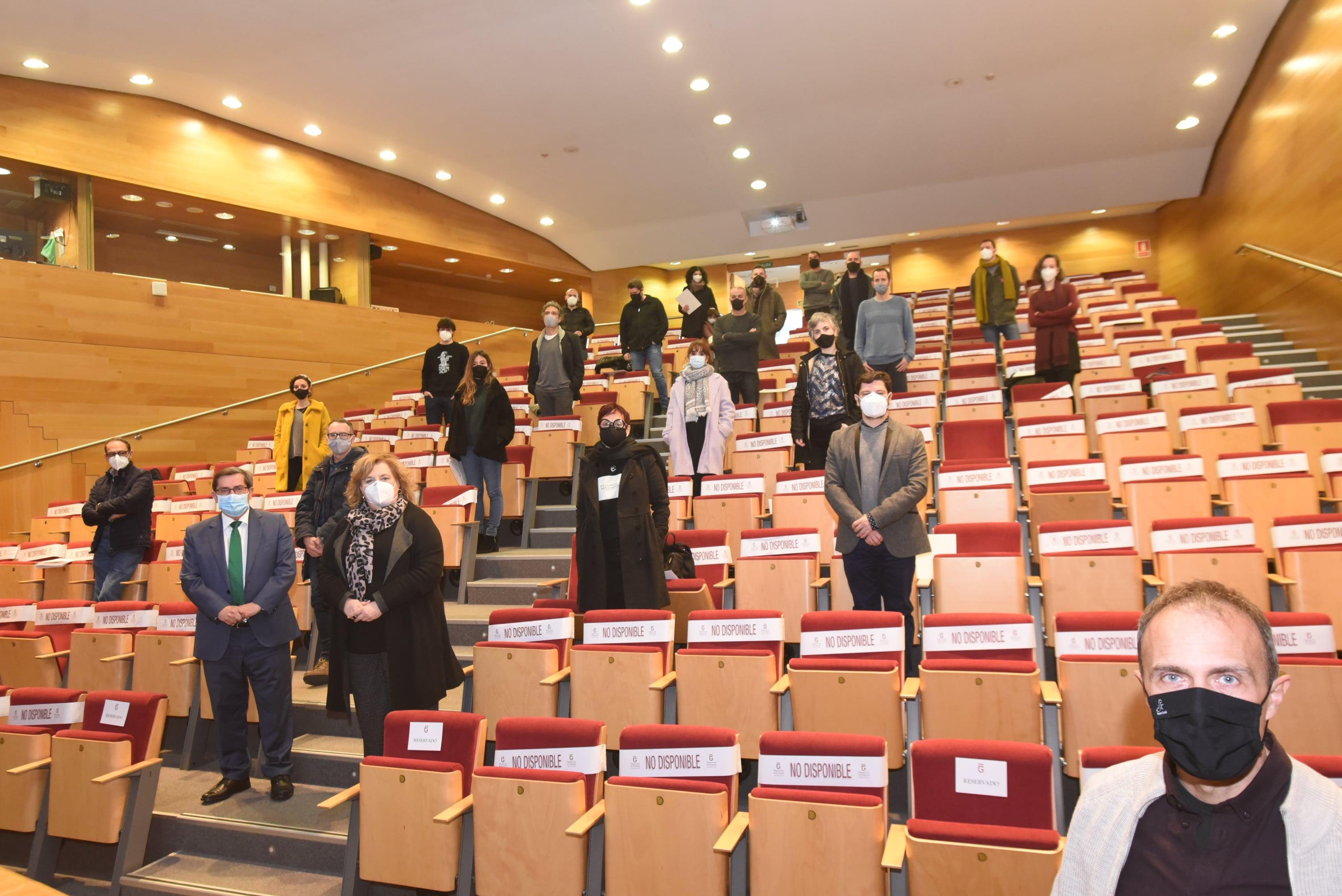 Condes de Gabia acoge una exposición de obras galardonadas en los Premios a la Creación Artística de Diputación