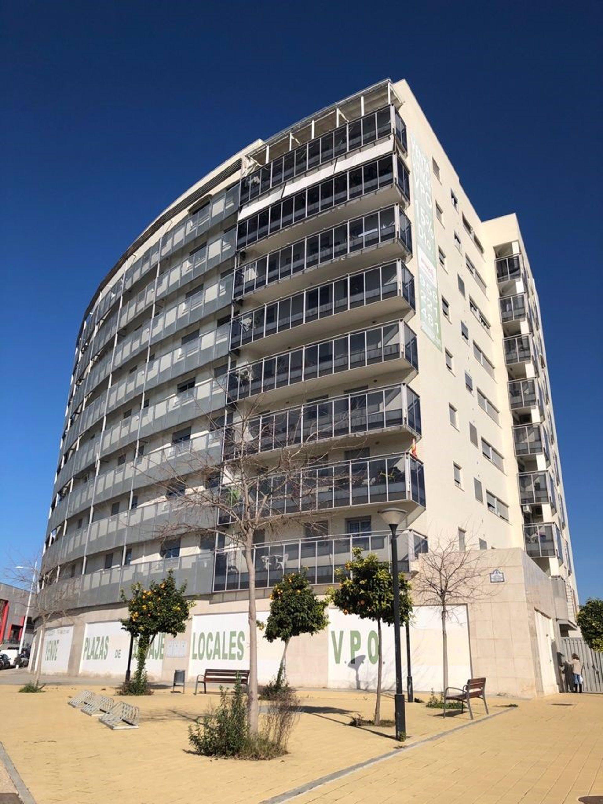 La oficina inmobiliaria del Ayuntamiento actualiza los valores activos para ofertarlos