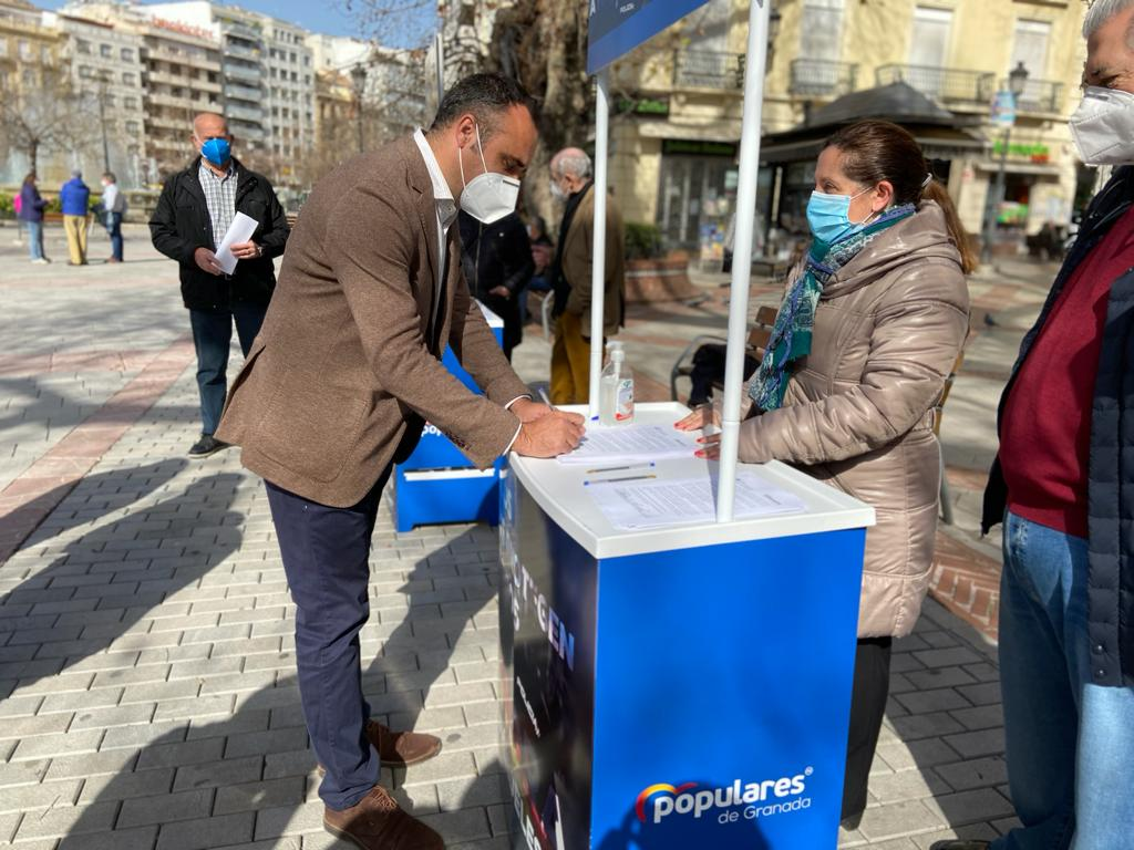 Campaña del PP para condenar los actos vandálicos en Granada y apoyar a los cuerpos de seguridad