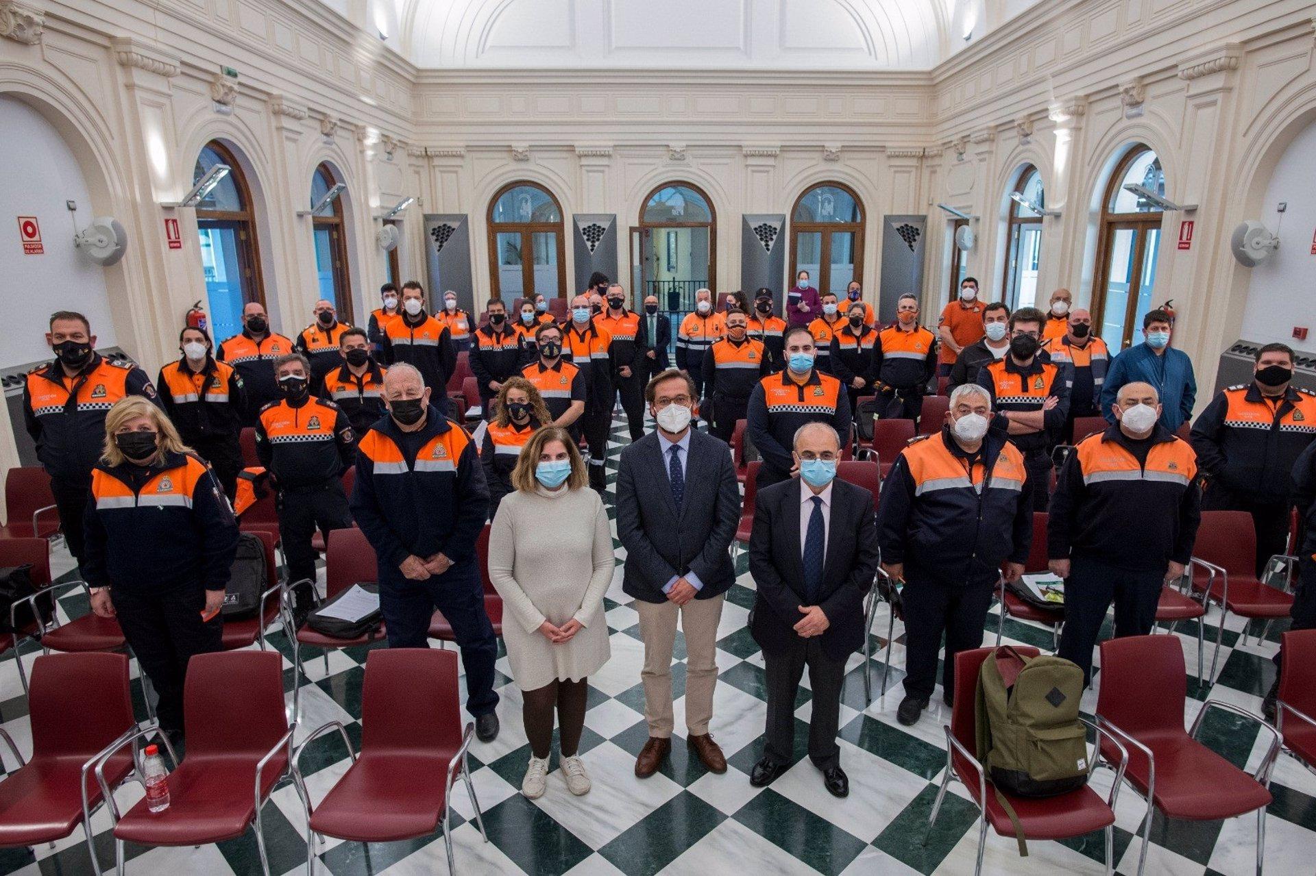 Agrupaciones de Protección Civil reciben formación sobre sismicidad y comunicación en crisis