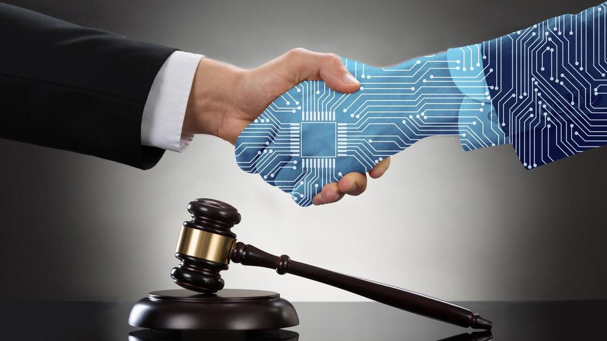 La Universidad de Granada, un año más, referencia en Derecho y la Inteligencia Artificial