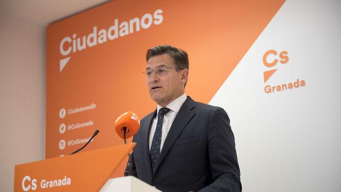 Salvador (Cs) afirma que ha apoyado al PSOE por convicción: «Granada necesitaba una solución excepcional»