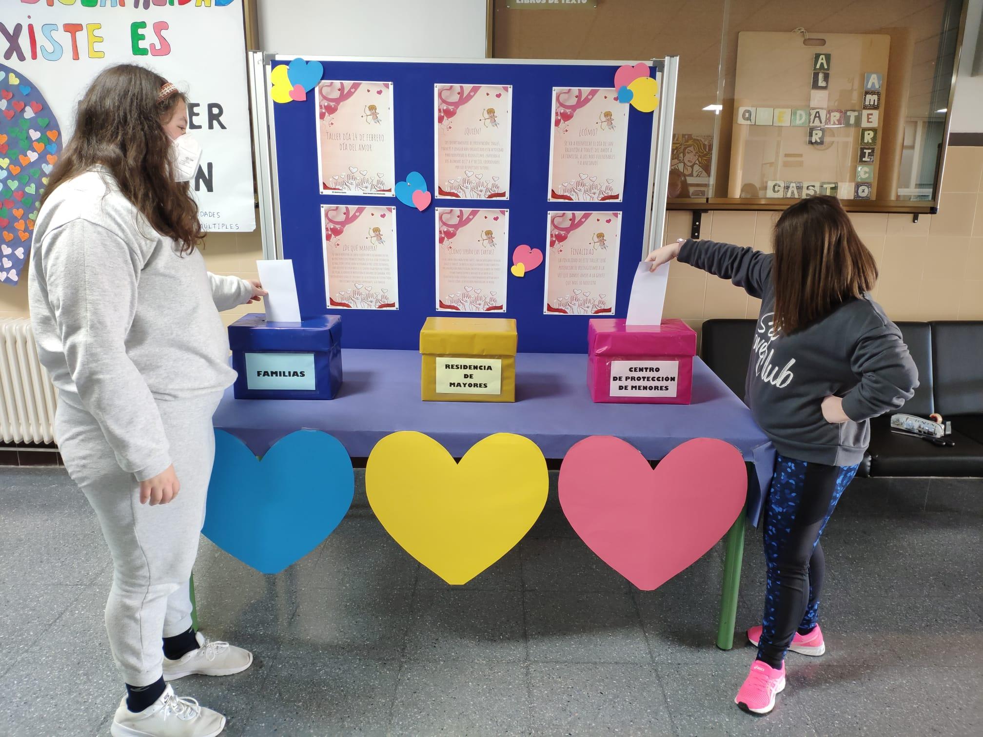 Alumnado de Huétor Tájar envía cartas de amor a ancianos y a susfamiliares por San Valentín