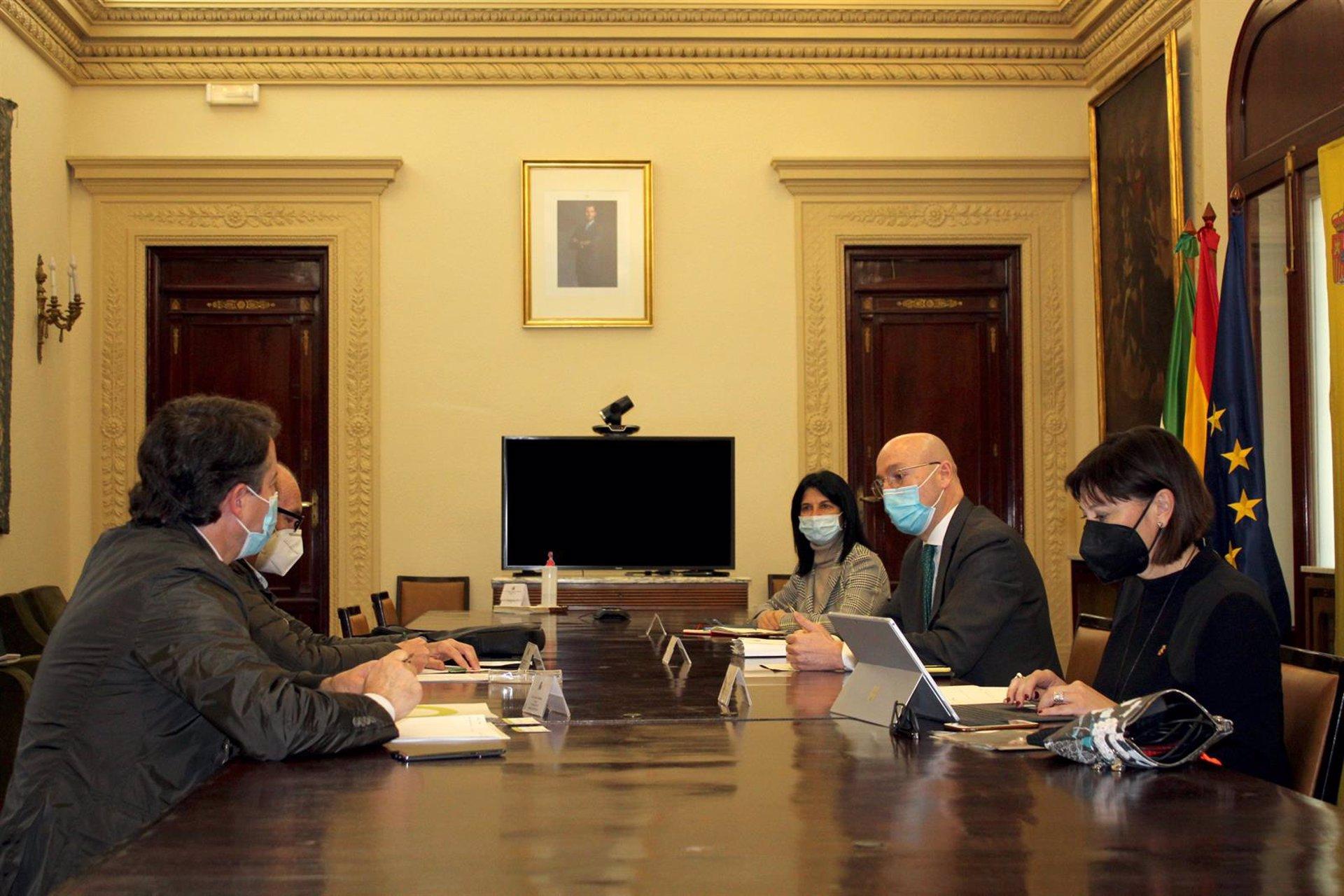 El Gobierno expone a las organizaciones agrarias las negociaciones de la PAC
