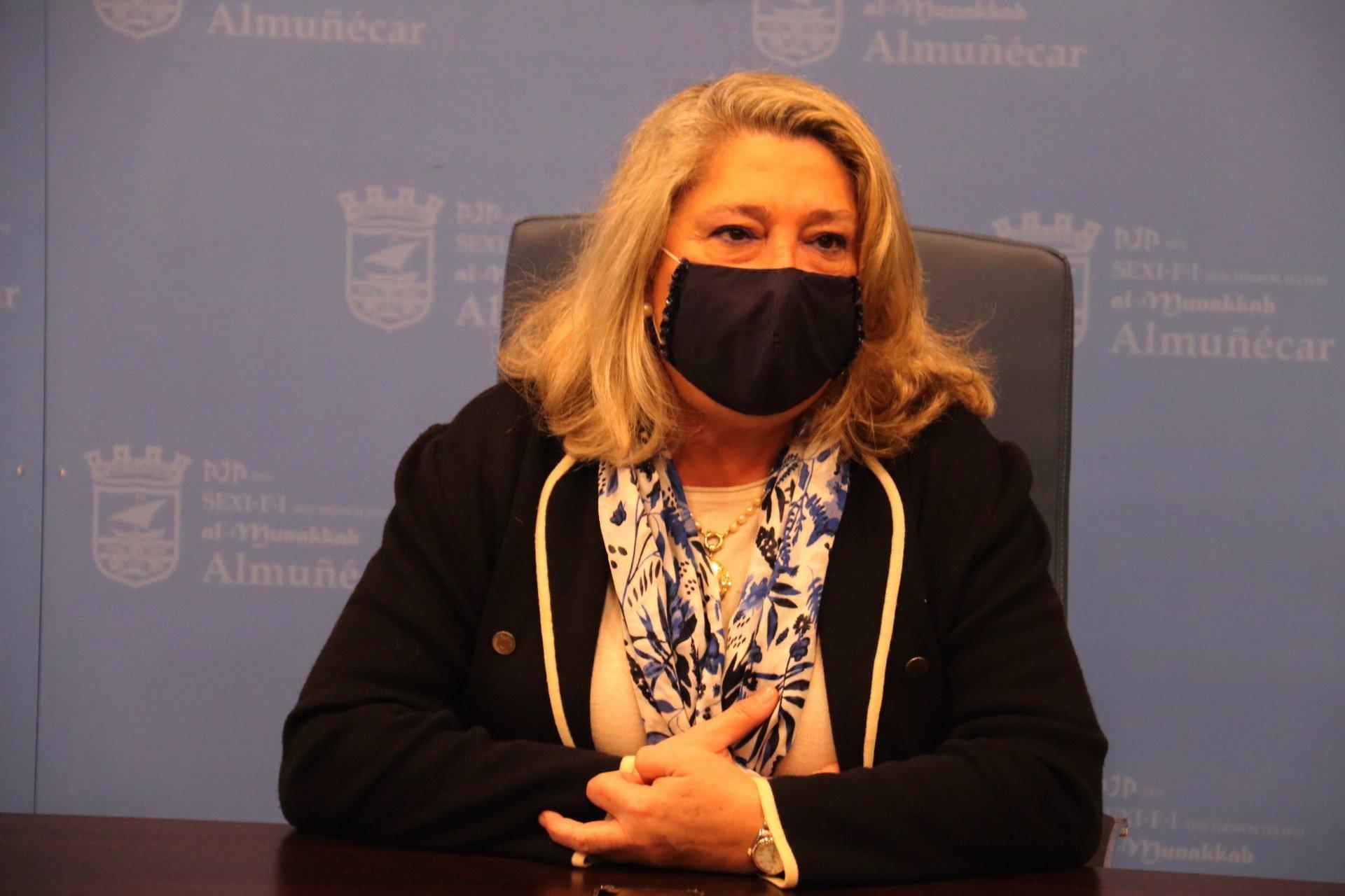 La alcaldesa de Almuñécar resalta que la situación es «complicada» pese al desconfinamiento