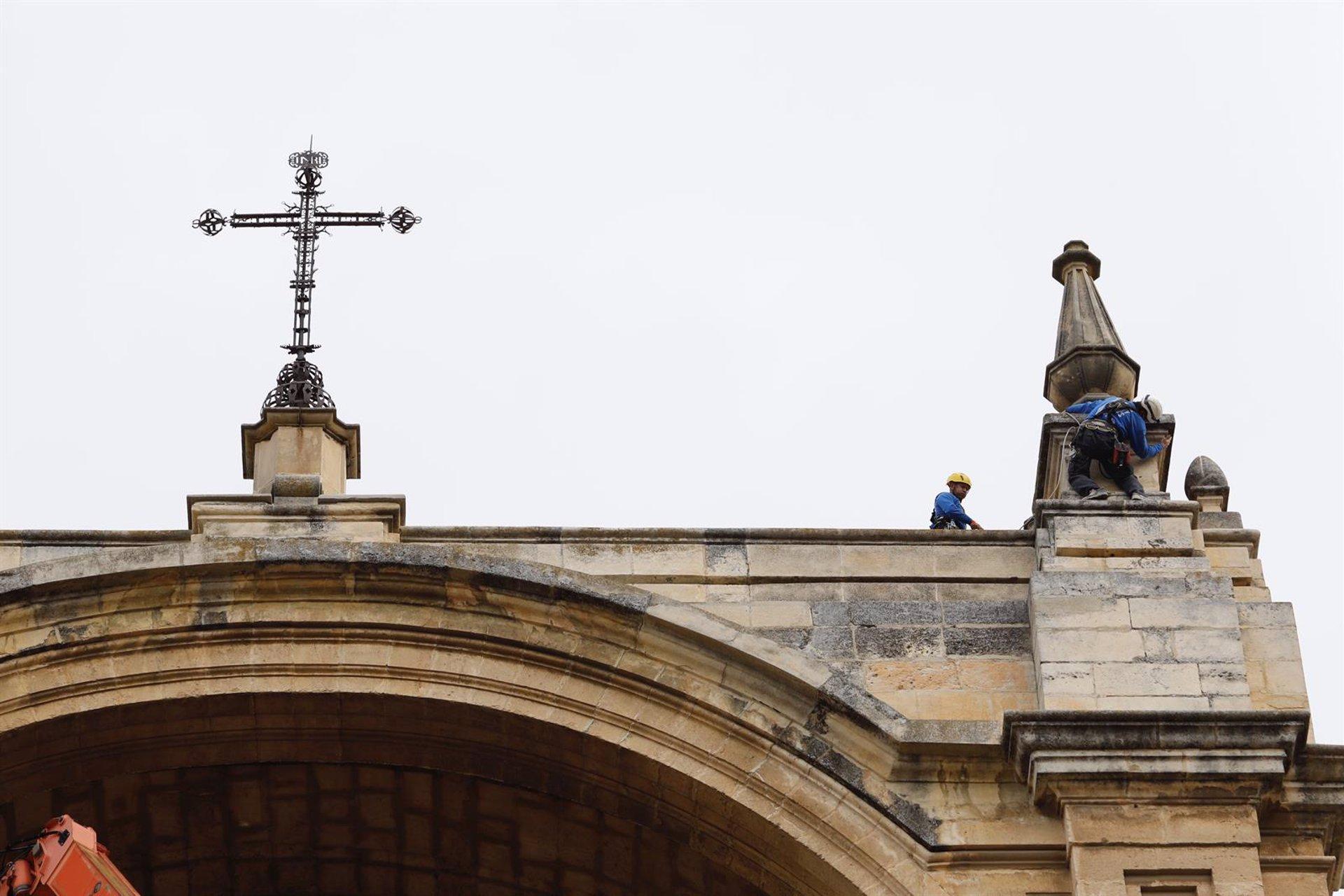 Descartan daños estructurales en la Catedral tras los seísmos
