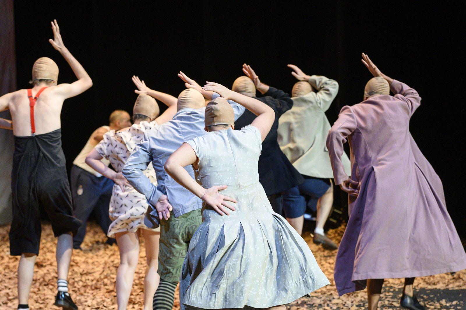 El Teatro Alhambra presenta la obra 'Las aves', de Aristófanes bajo dirección de Juan Dolores Caballero