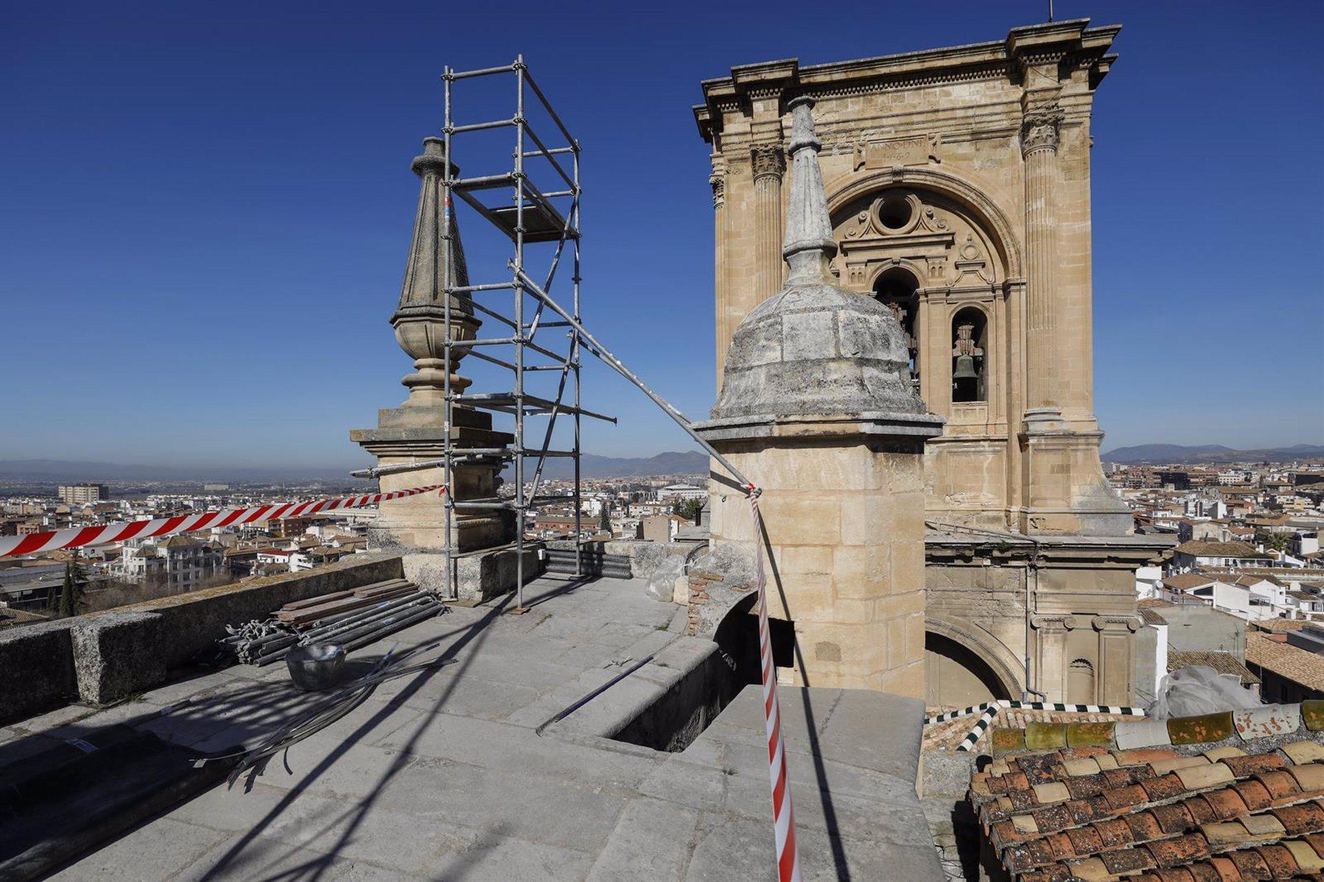 Abierta al paso en Pasiegas la zona de acceso a la Catedral, donde continúan los trabajos tras los terremotos