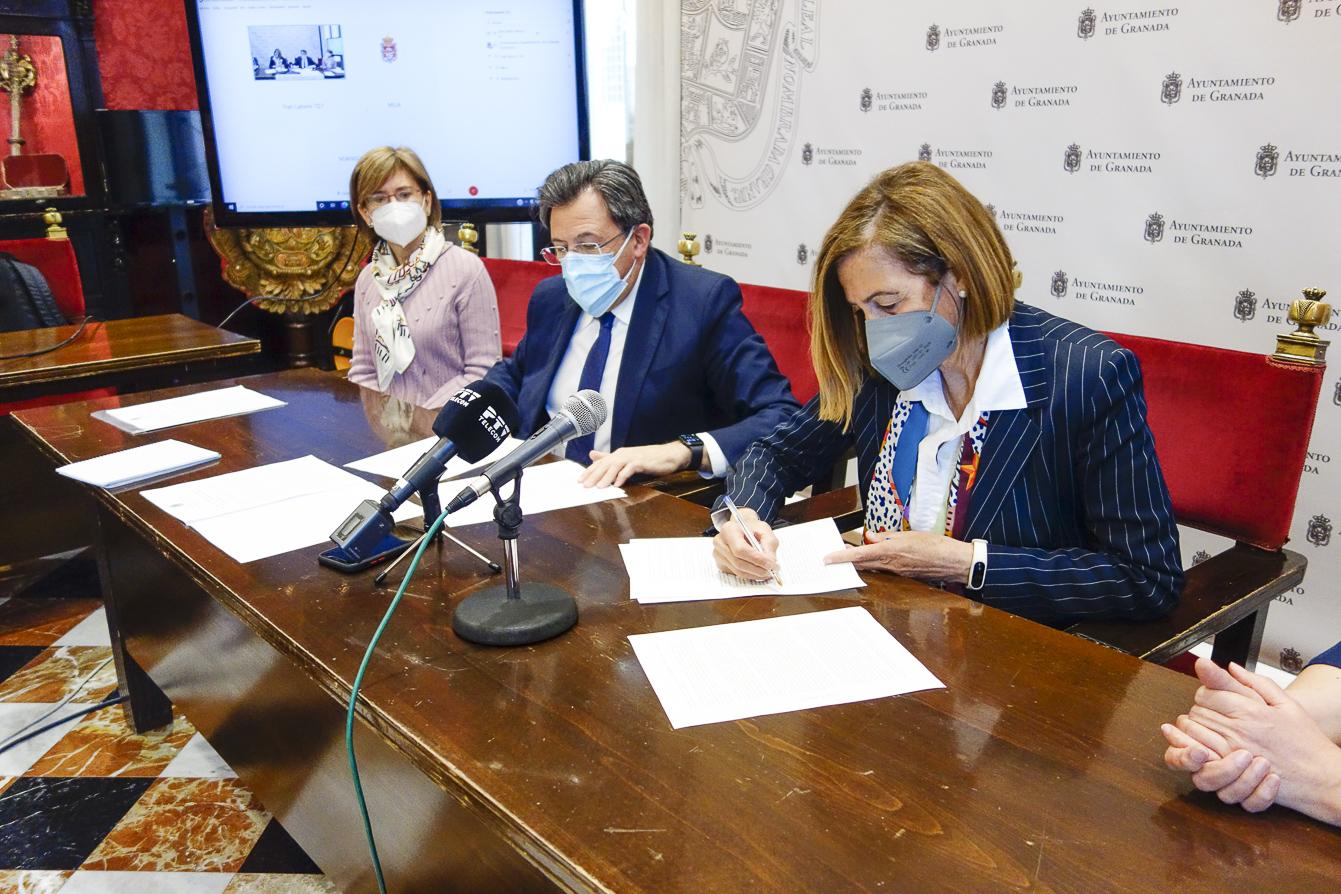Ayuntamiento y Ofecum renuevan el acuerdo para mostrar el patrimonio histórico a escolares