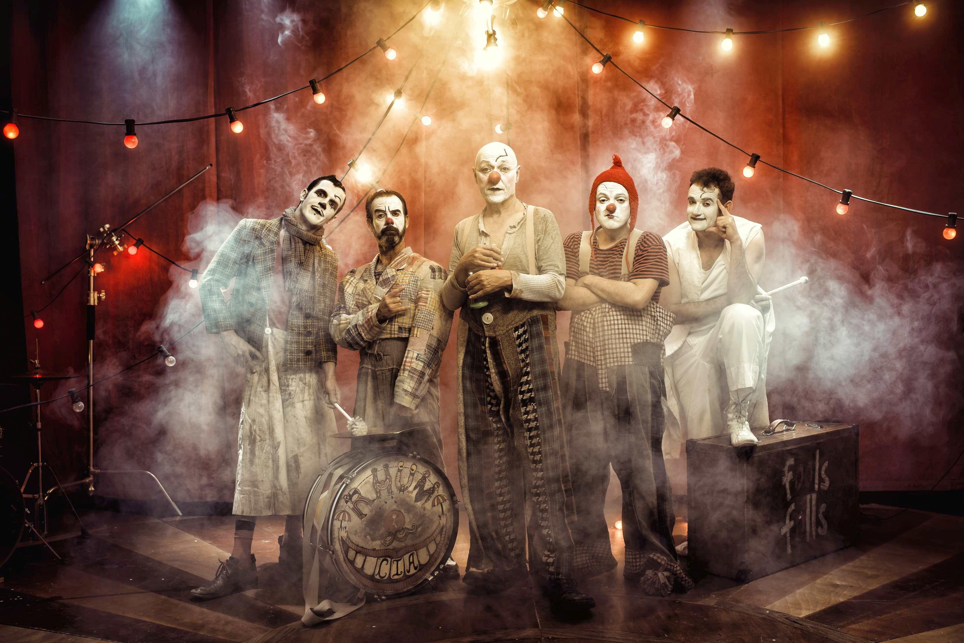 El Teatro Alhambra programa dos sesiones matinales de la obra 'Gran Reserva' de la compañía de clowns Rhum&cía