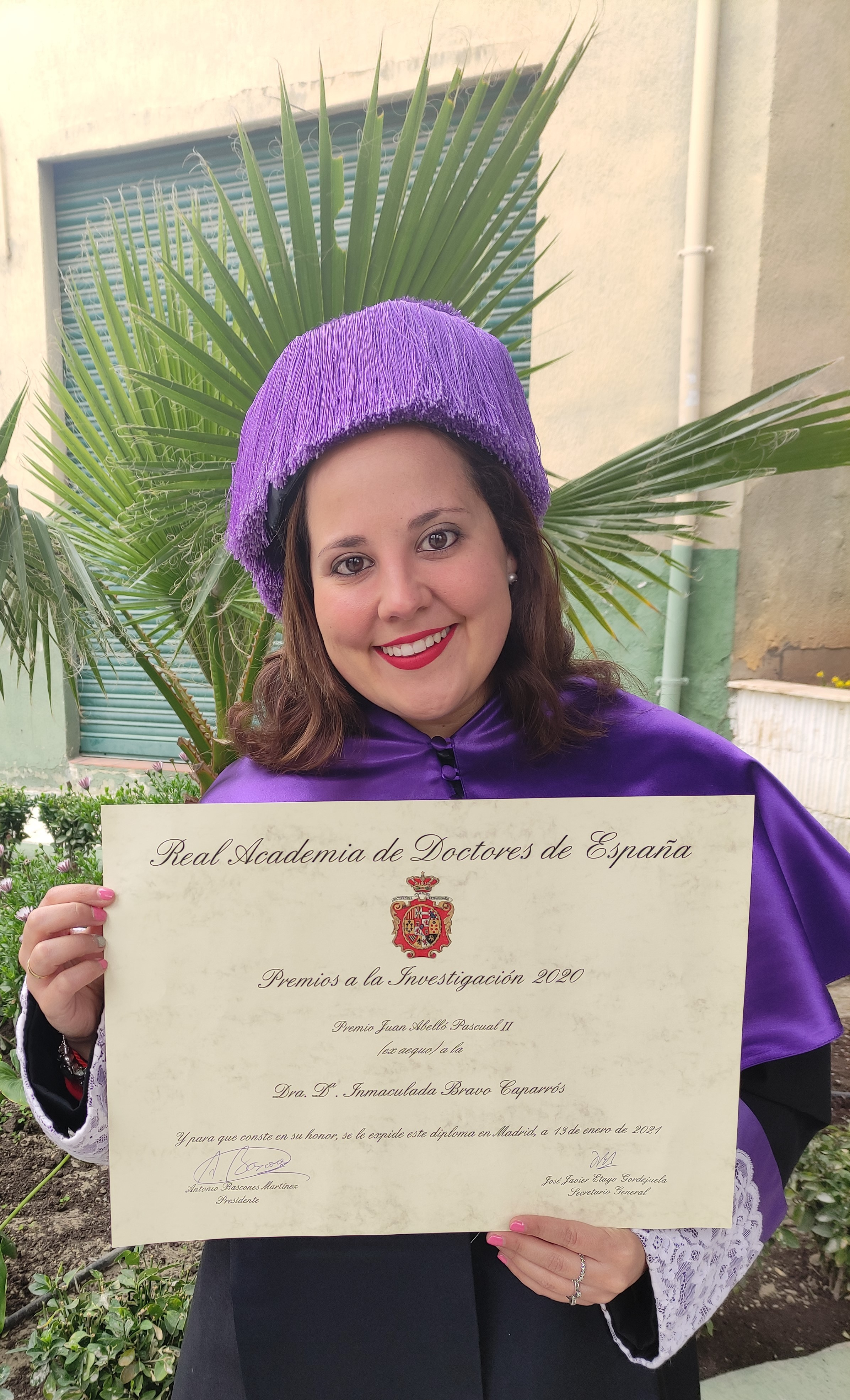 La Real Academia de Doctores de España premia la tesis doctoral de la investigadora de la UGR Inmaculada Bravo