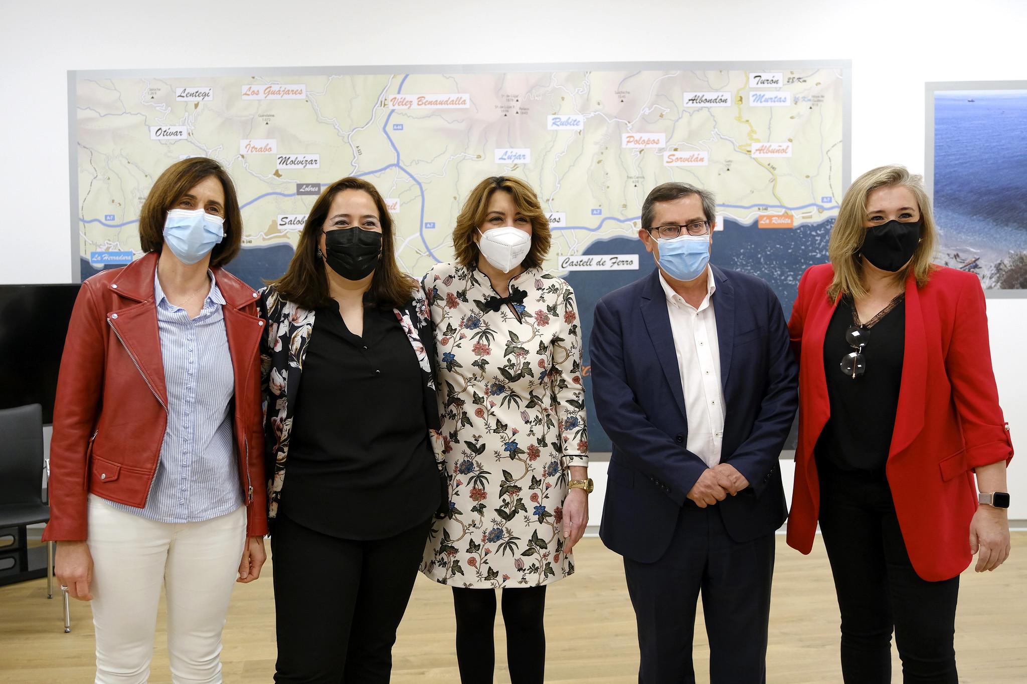 Susana Díaz exige a Moreno Bonilla ayudas directas al comercio y la hostelería