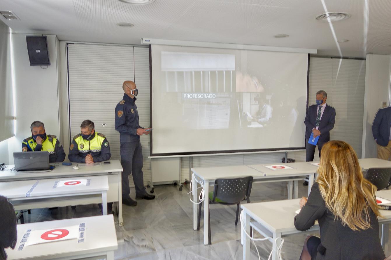 La academia de policía local  de Granada pretende convertirse en «referente de España»