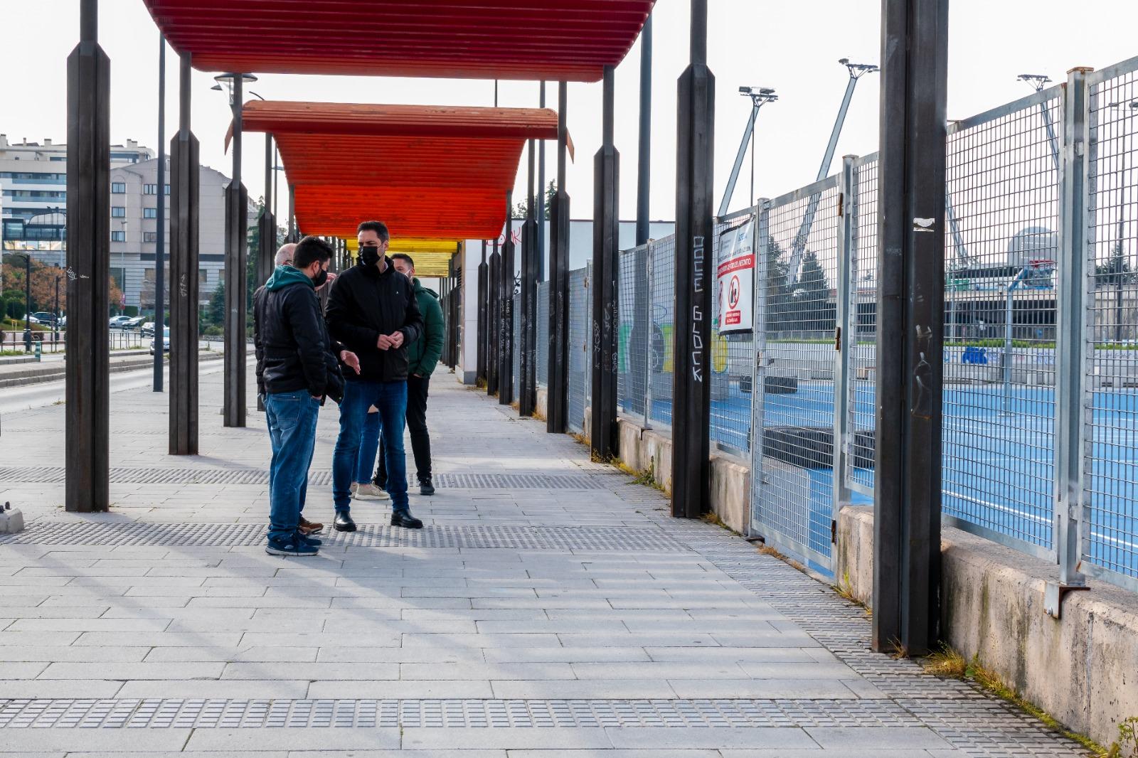 El PSOE exige al Ayuntamiento la apertura inmediata de la plaza del antiguo botellódromo