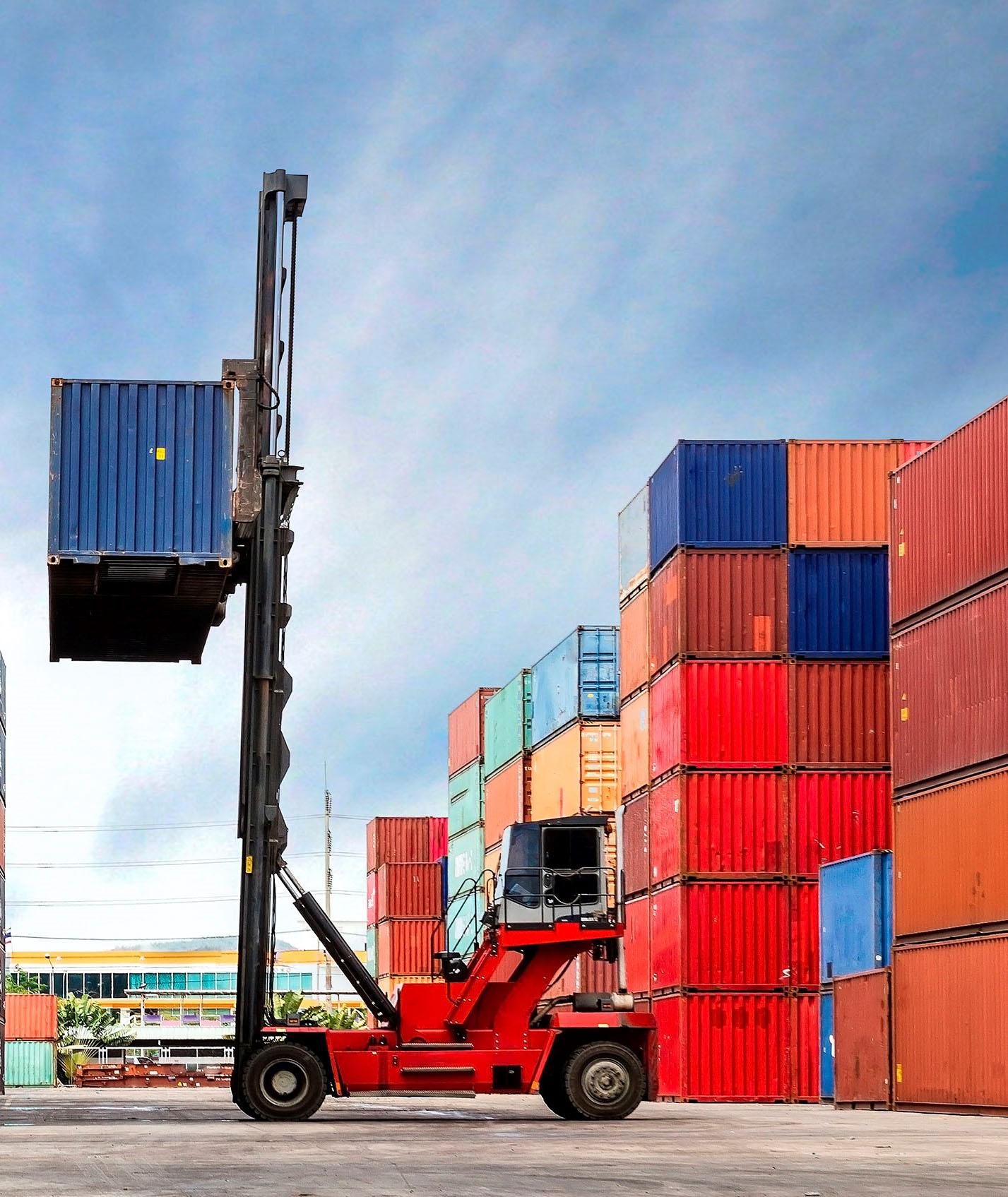 Las exportaciones andaluzas alcanzan los 2.223 millones de euros en enero