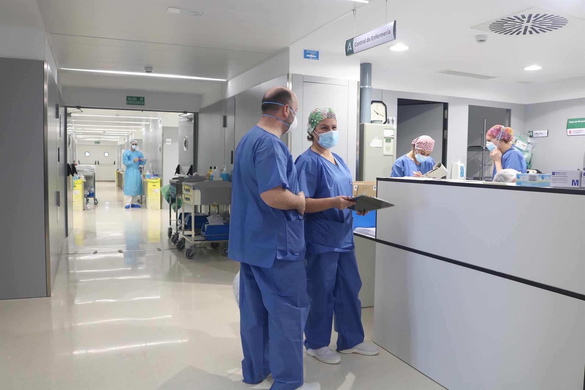 El SAS ha invertido más de 35 millones para equipamiento informático en hospitales durante la pandemia