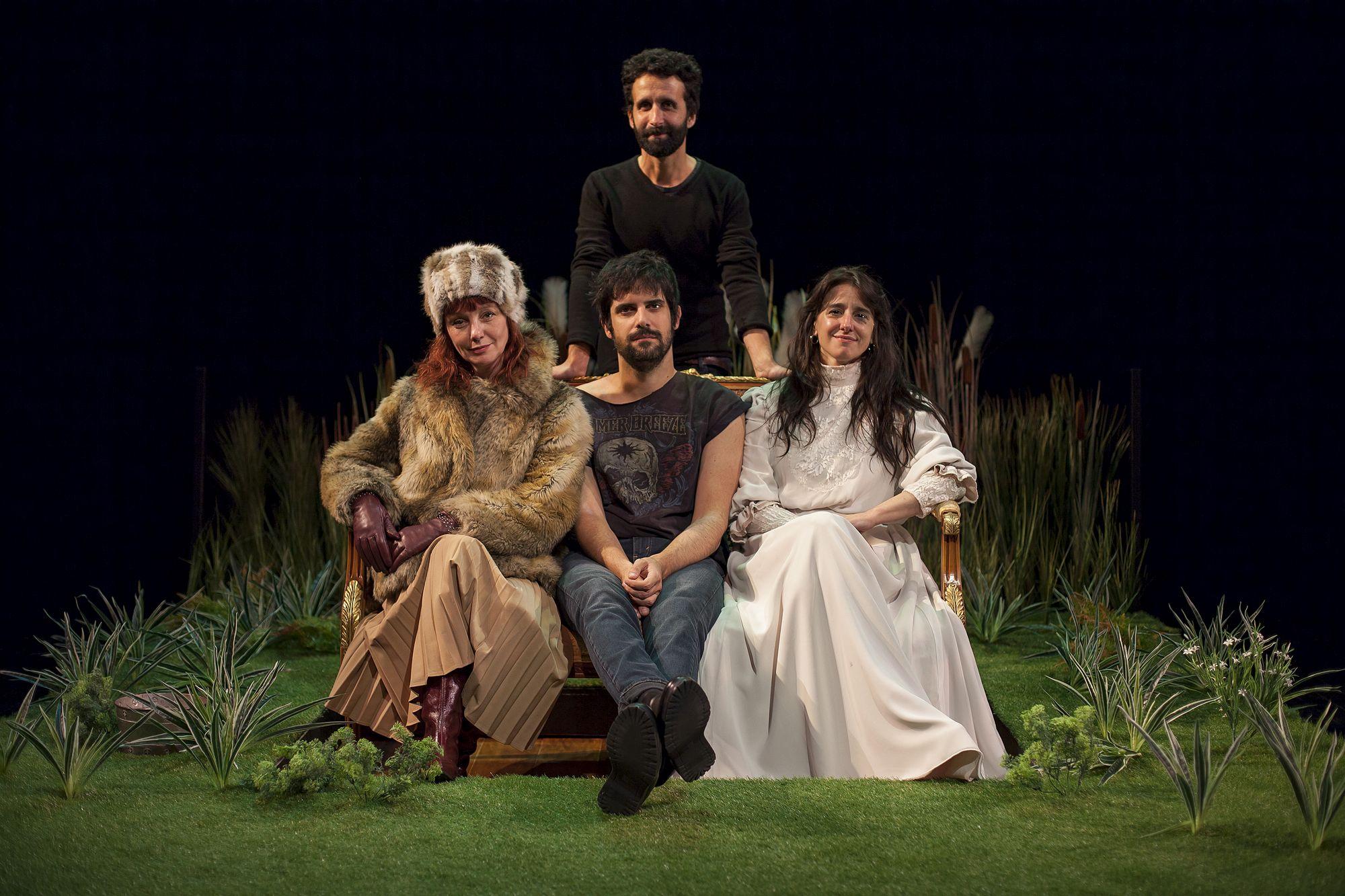 El Teatro Alhambra programa dos sesiones de la versión libre de la obra de García Lorca «Doña Rosita la soltera»