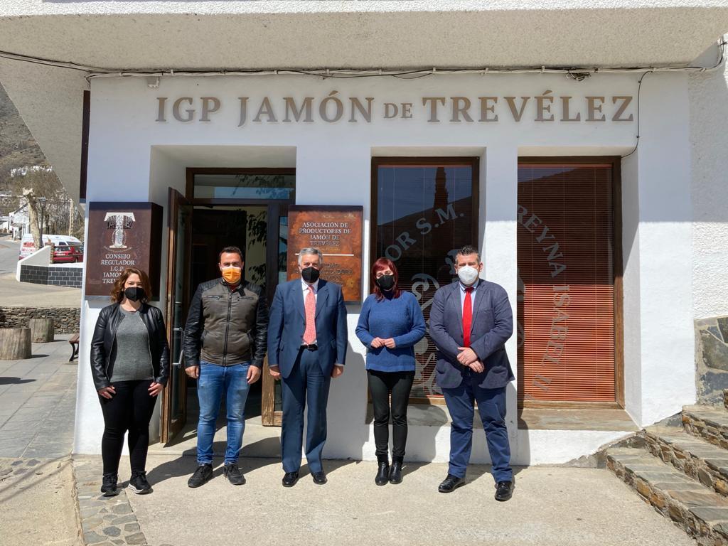 """Ciudadanos """"pone el foco"""" en Trevélez: """"Por fin las Administraciones buscan el potencial de este municipio único"""""""