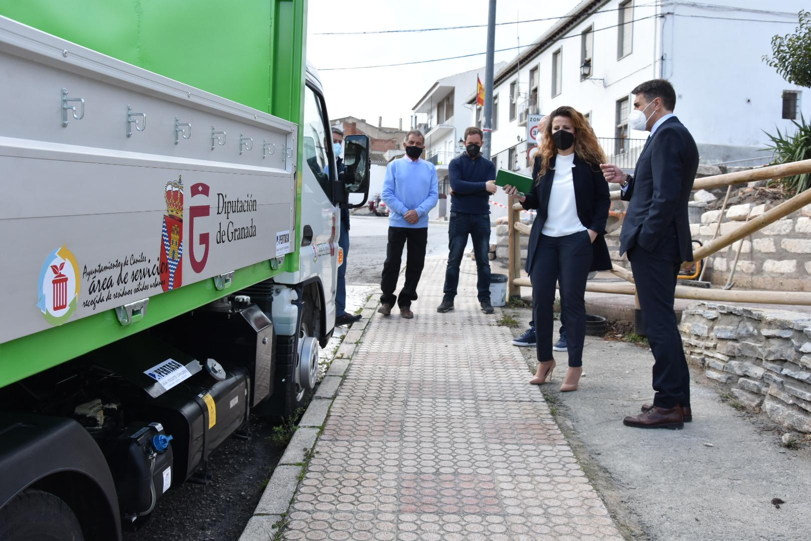 Caniles contará con un nuevo camión de recogida de residuos financiado por Diputación