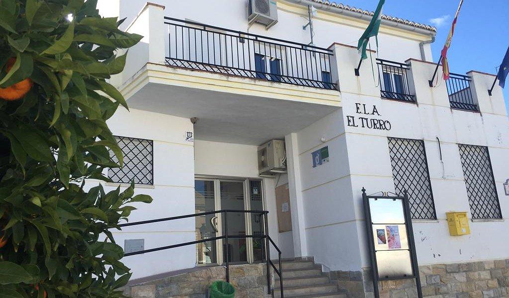 El Turro denuncia la actitud negligente de la Consejería de Salud por exponer a los vecinos a posibles contagios