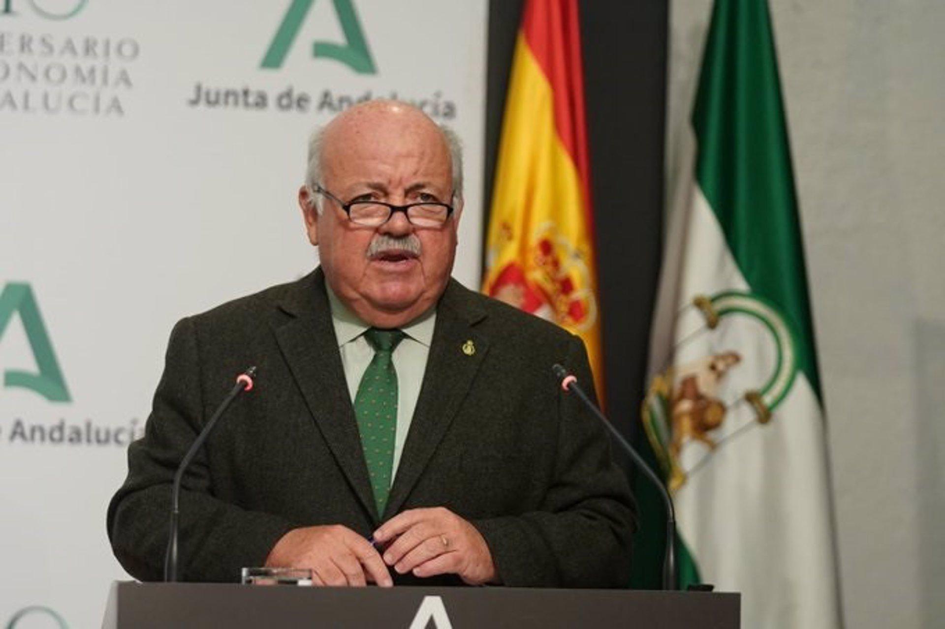 Andalucía no contempla relajar el uso de mascarillas hasta «finales de julio o mediados de agosto»