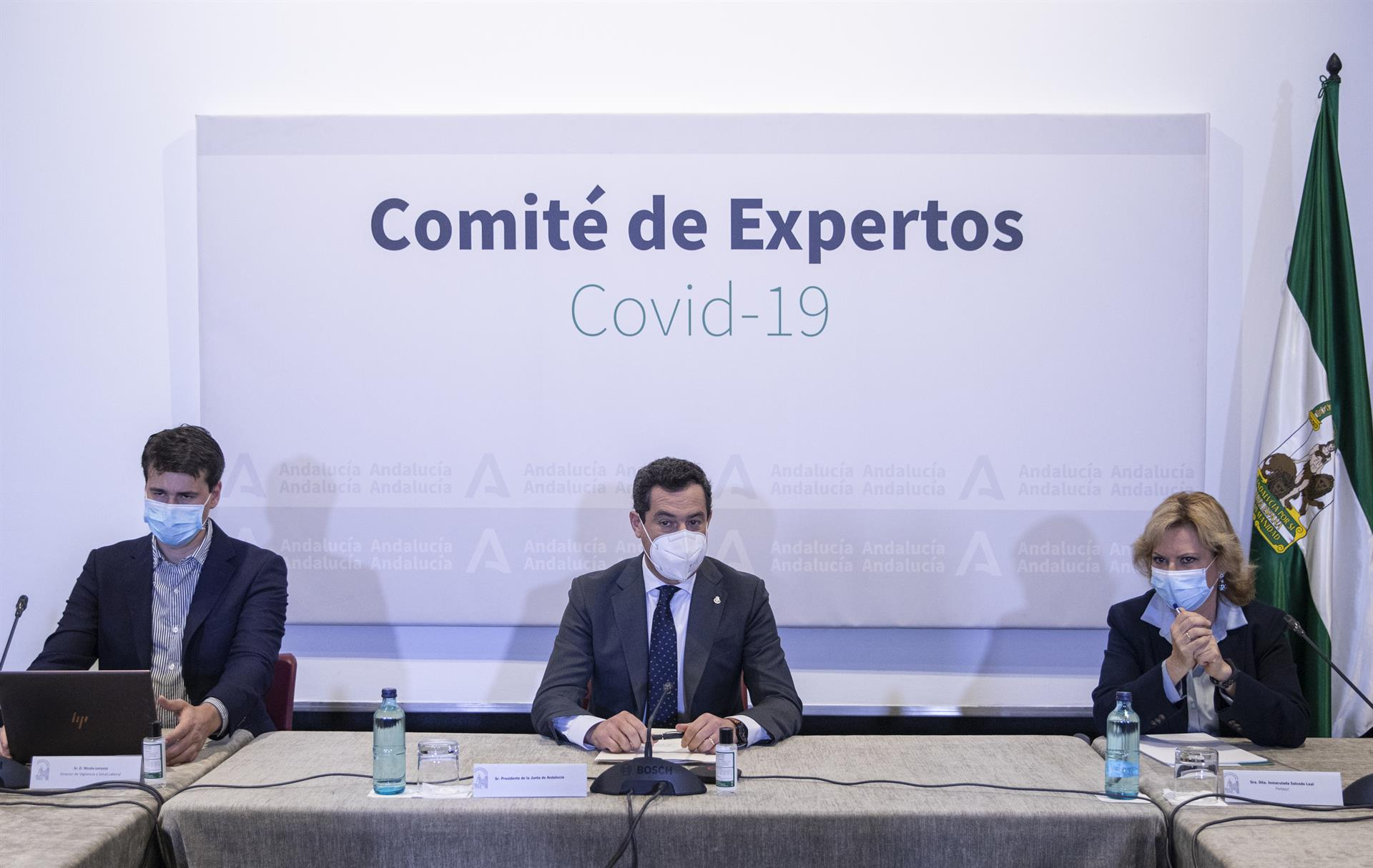 Andalucía mantiene el cierre de provincias pero amplía el horario comercial a las 22:30 y el toque de queda a las 23 horas