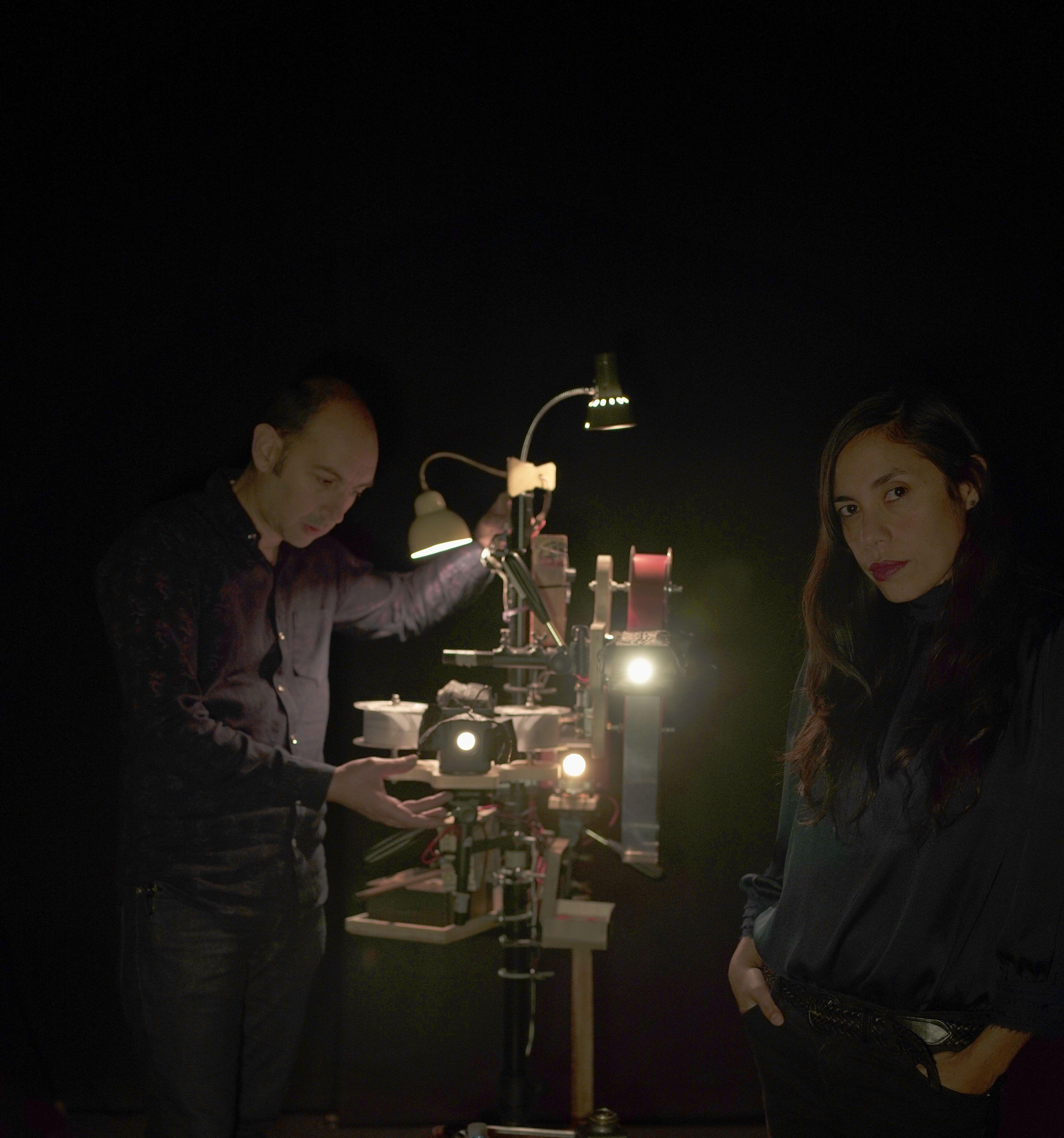 El Teatro Alhambra presenta hoy'La melancolía del turista' de la compañía Oligor y Microscopía