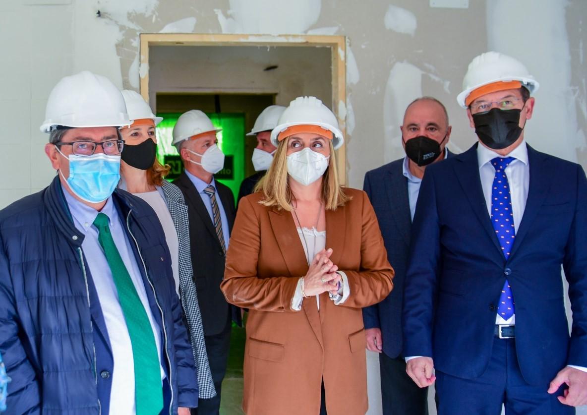 La rehabilitación del edificio de viviendas en alquiler de La Madraza finalizará en primavera