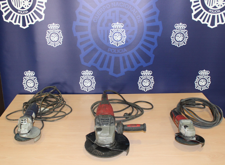 Detenidos tras vender a través de una aplicación de compra-venta tres sierras radiales sustraídas