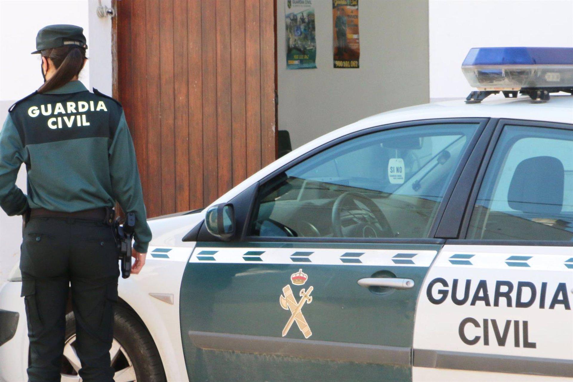 Detenido por dos robos en interior de vehículos y de una furgoneta en Benalúa