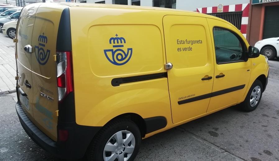 Correos dispone de 5 vehículos eléctricos en su flota de Granada