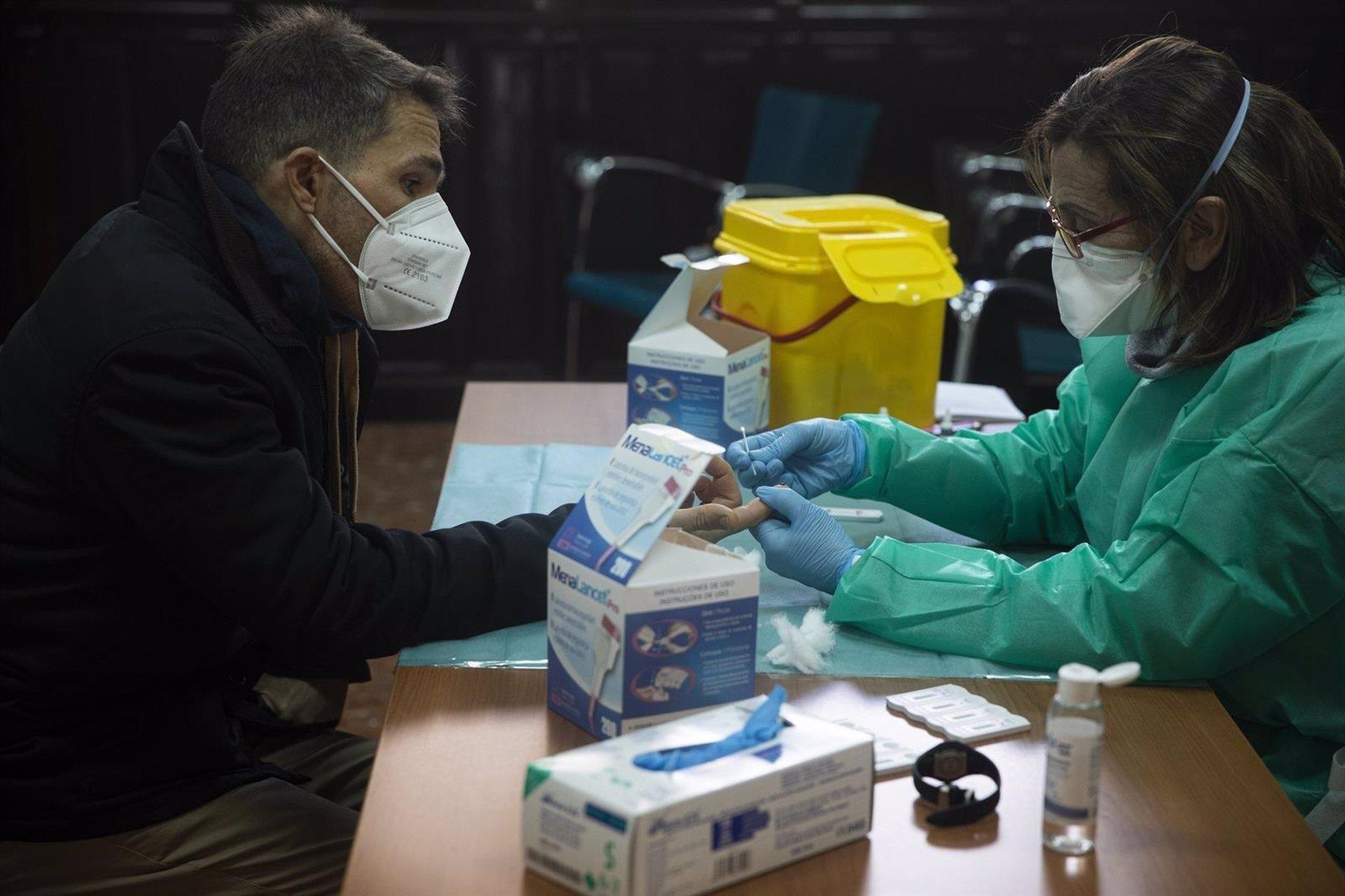 Granada notifica hoy 7 muertes y 65 nuevos contagios