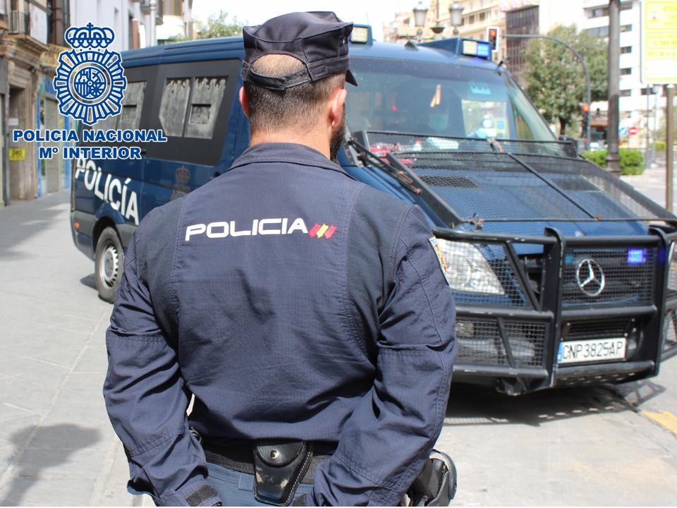 Detenidas en los últimos dos meses más de 100 personas reclamadas por la Justicia
