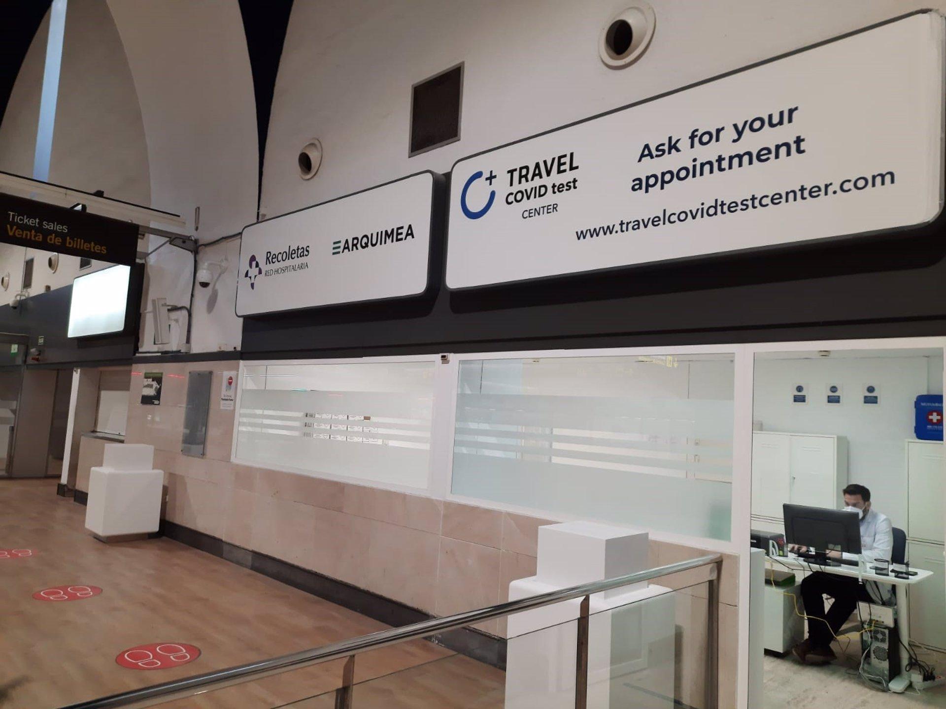 Los aeropuertos de Málaga y Sevilla contarán con un servicio de test Covid en sus propias terminales de salida