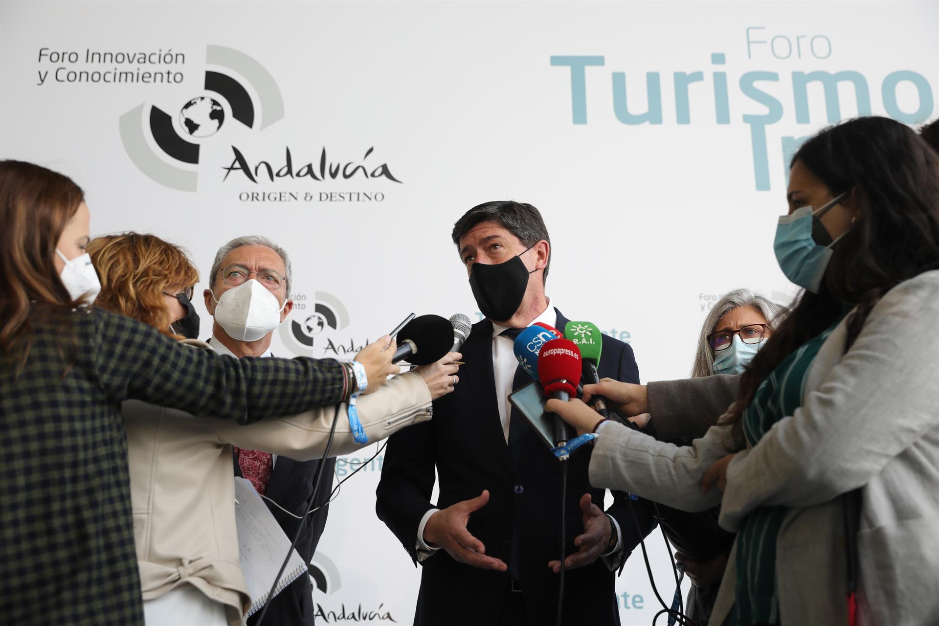 Marín reclama que Andalucía debería haber recibido 2.300 millones y cree que ayudas del Gobierno «llegan tarde y mal»