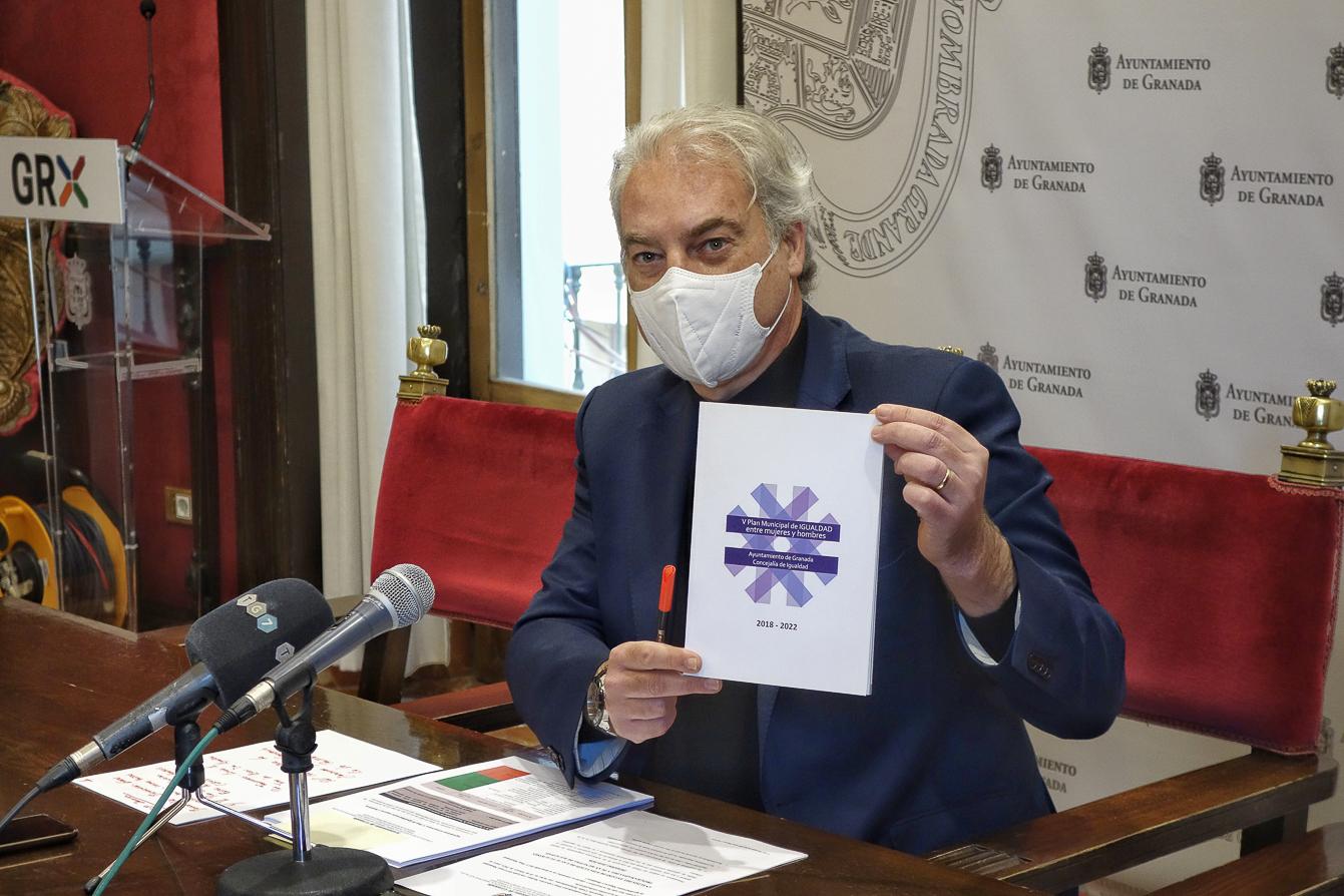 Huertas denuncia una reducción del 15% de la ayudas del Gobierno para el Pacto contra la Violencia de Género