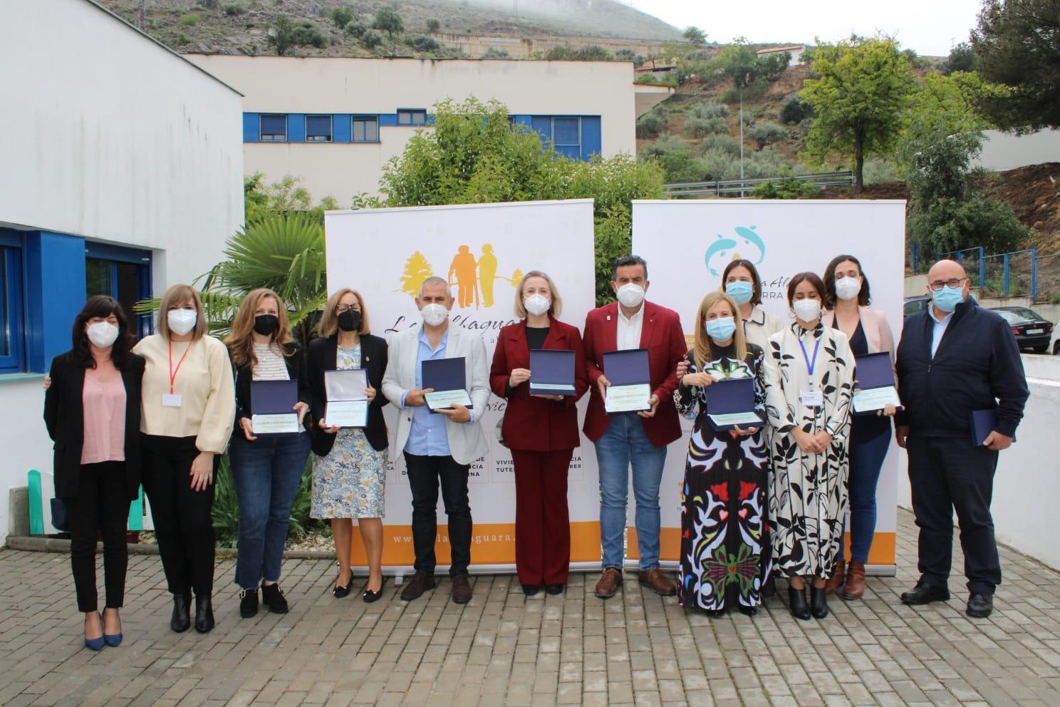 El Centro de Personas con Discapacidad 'Sierra de Loja', reconoce la labor del Hospital de Loja frente a la COVID-19