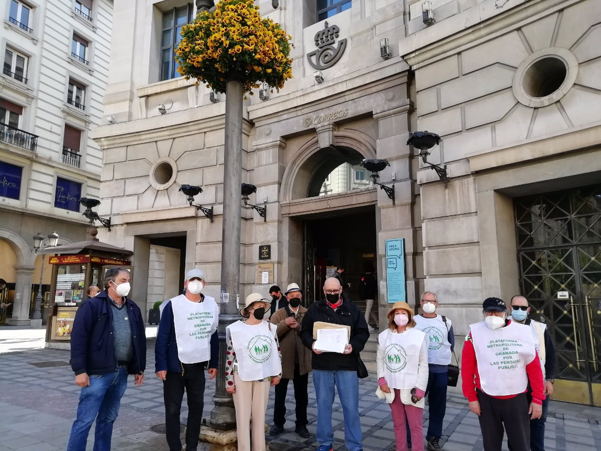 Recogen más de 5.000 firmas para exigir una auditoría de la hucha de las pensiones