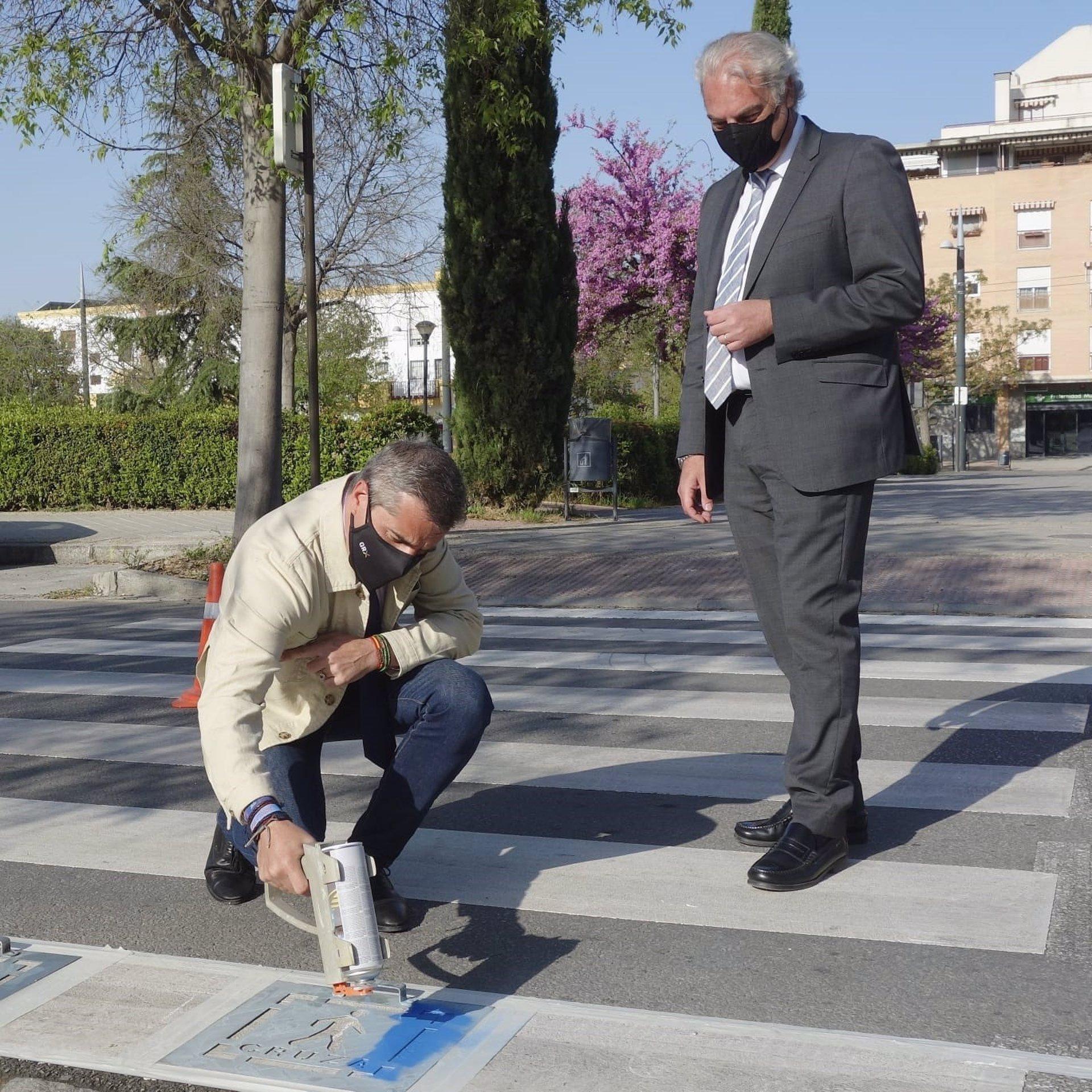 Comienza la adaptación de pasos de peatones para mejorar la seguridad de personas con TEA