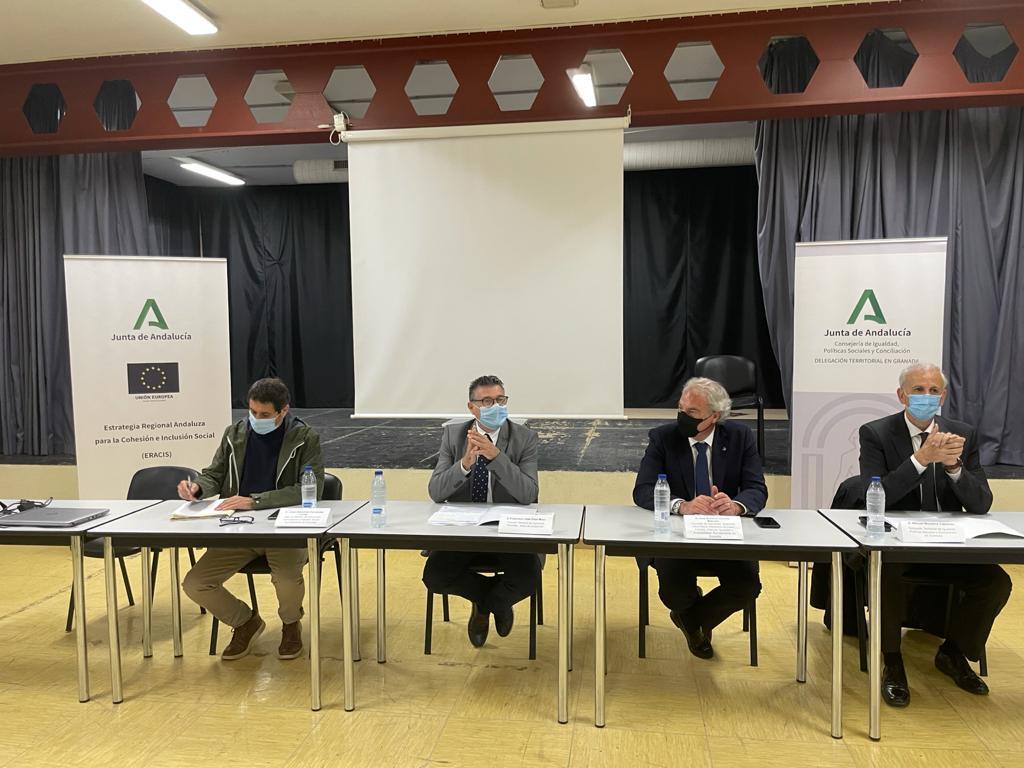 Junta y Ayuntamiento hacen balance de la colaboración frente a los problemas de familias vulnerables