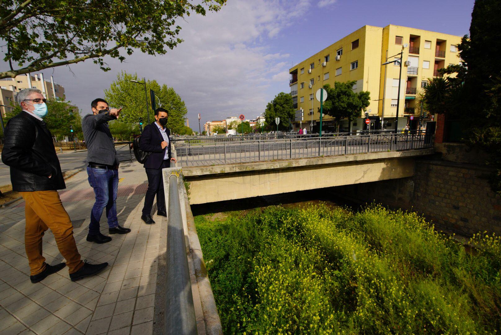 El PSOE considera que se podría haber acometido la naturalización del río Monachil con fondos europeos