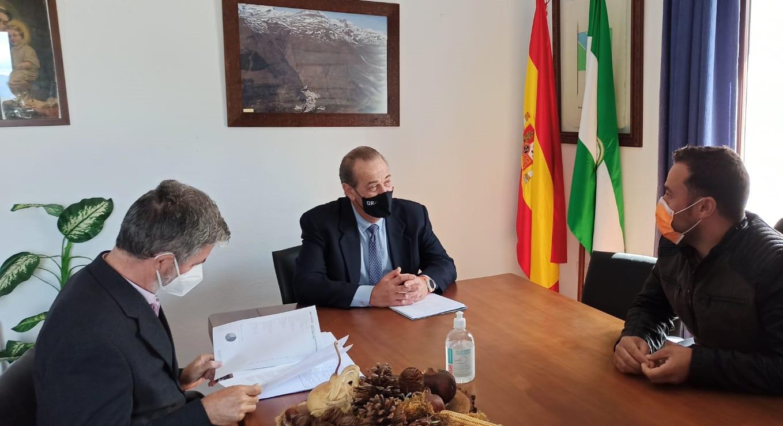 La Junta invierte más de 28.000 euros en mejorar infraestructuras municipales en Trevélez