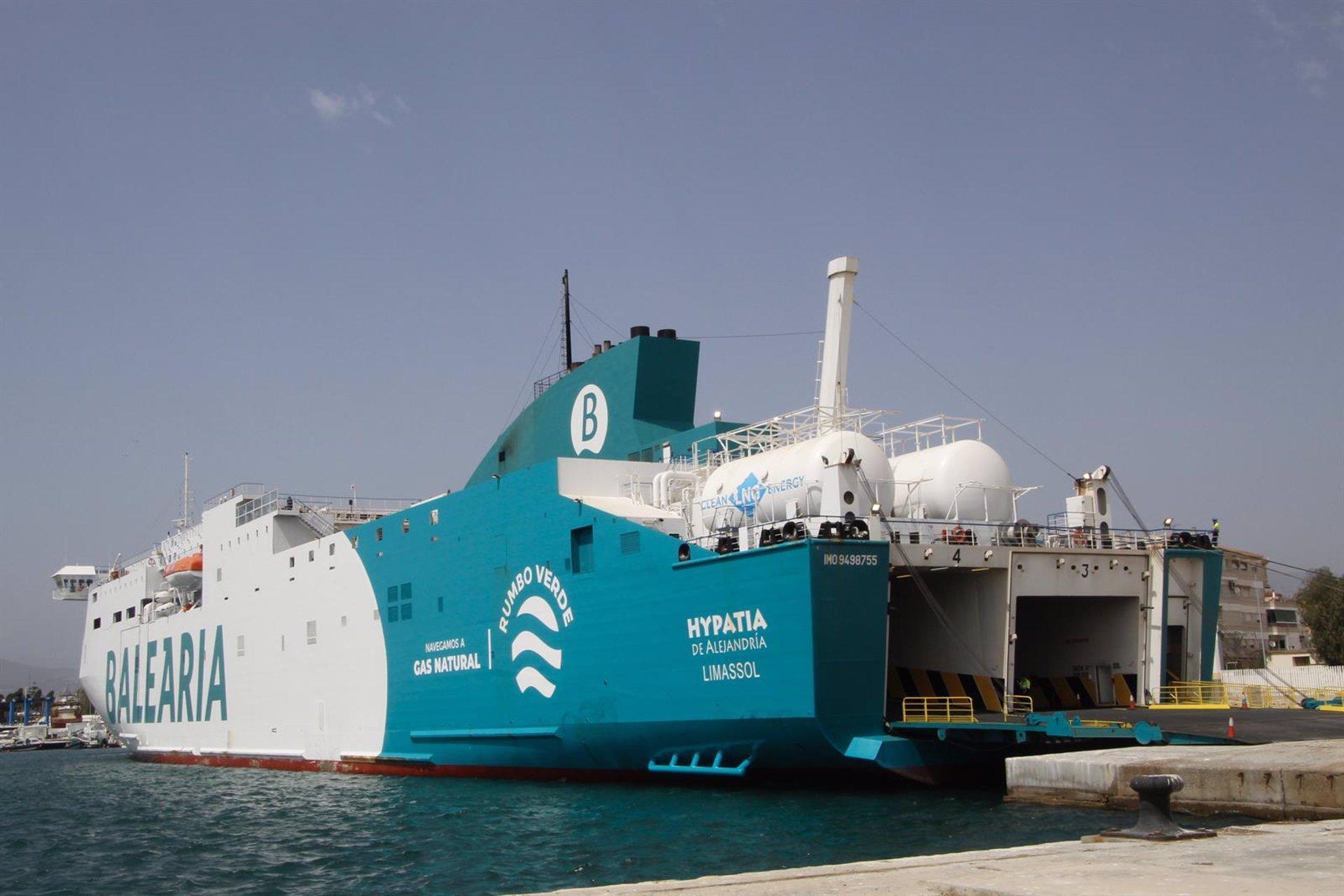 Las líneas marítimas entre Motril y Melilla transportan más de 1.700 pasajeros desde su reactivación